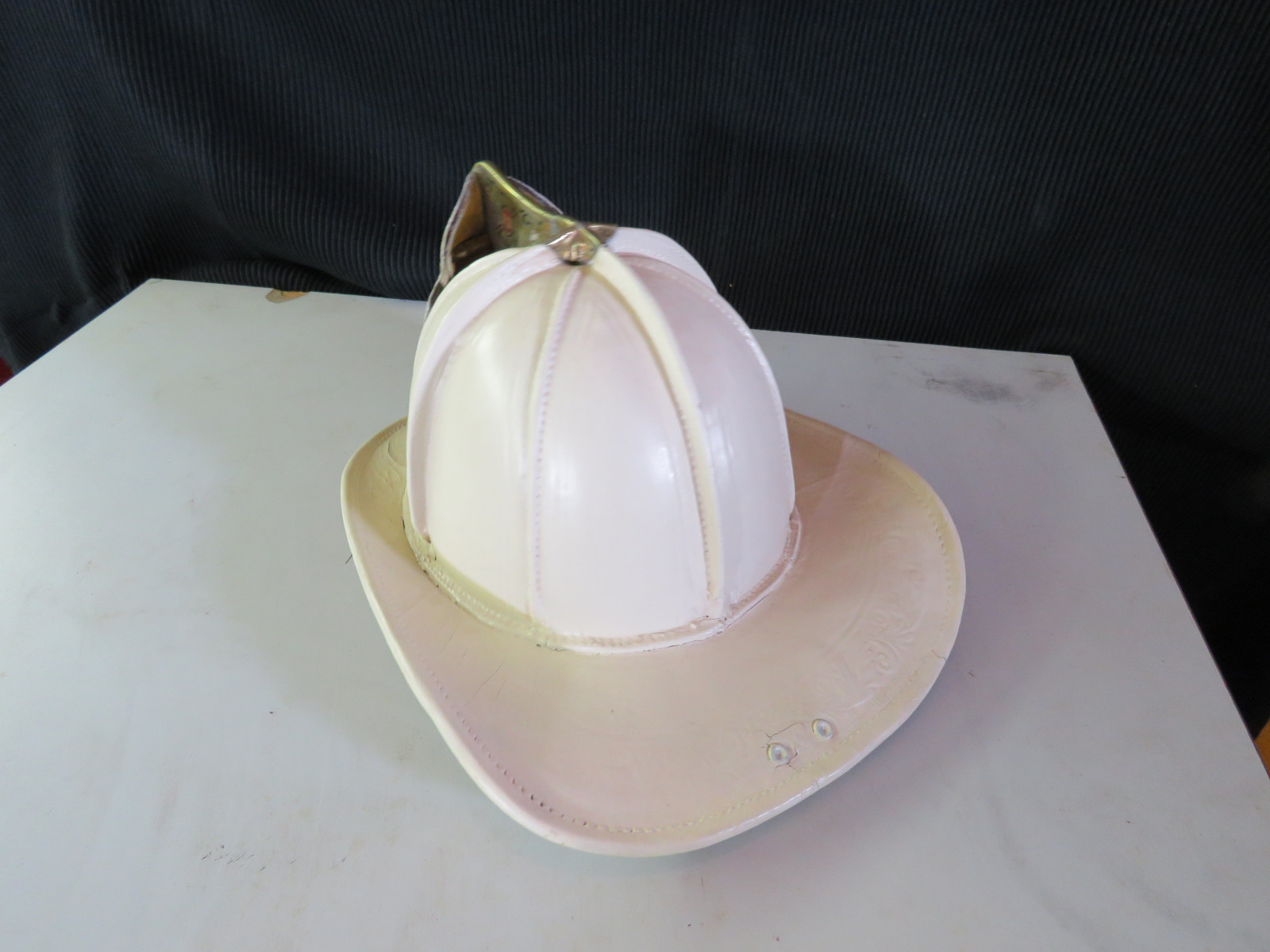 Fire Chief Helmet - Image 2