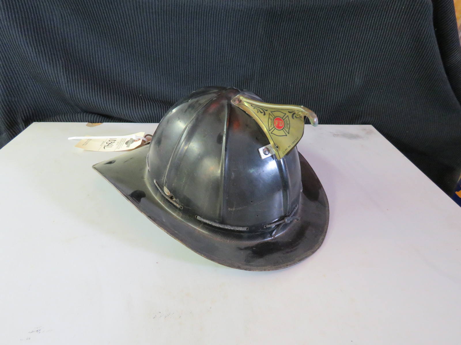 Fire Chief Helmet - Image 1