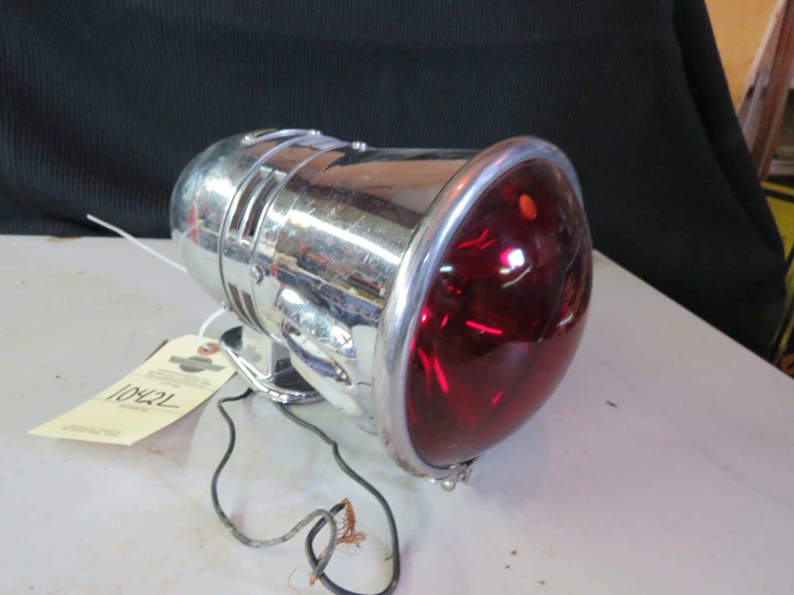Siren with Red Light - Image 1