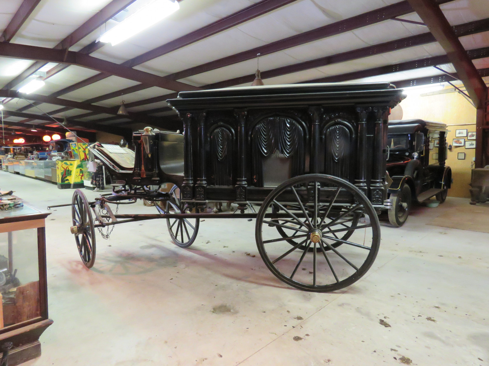 1988 Sayers & Scovill Horse Drawn Hearse - Image 2