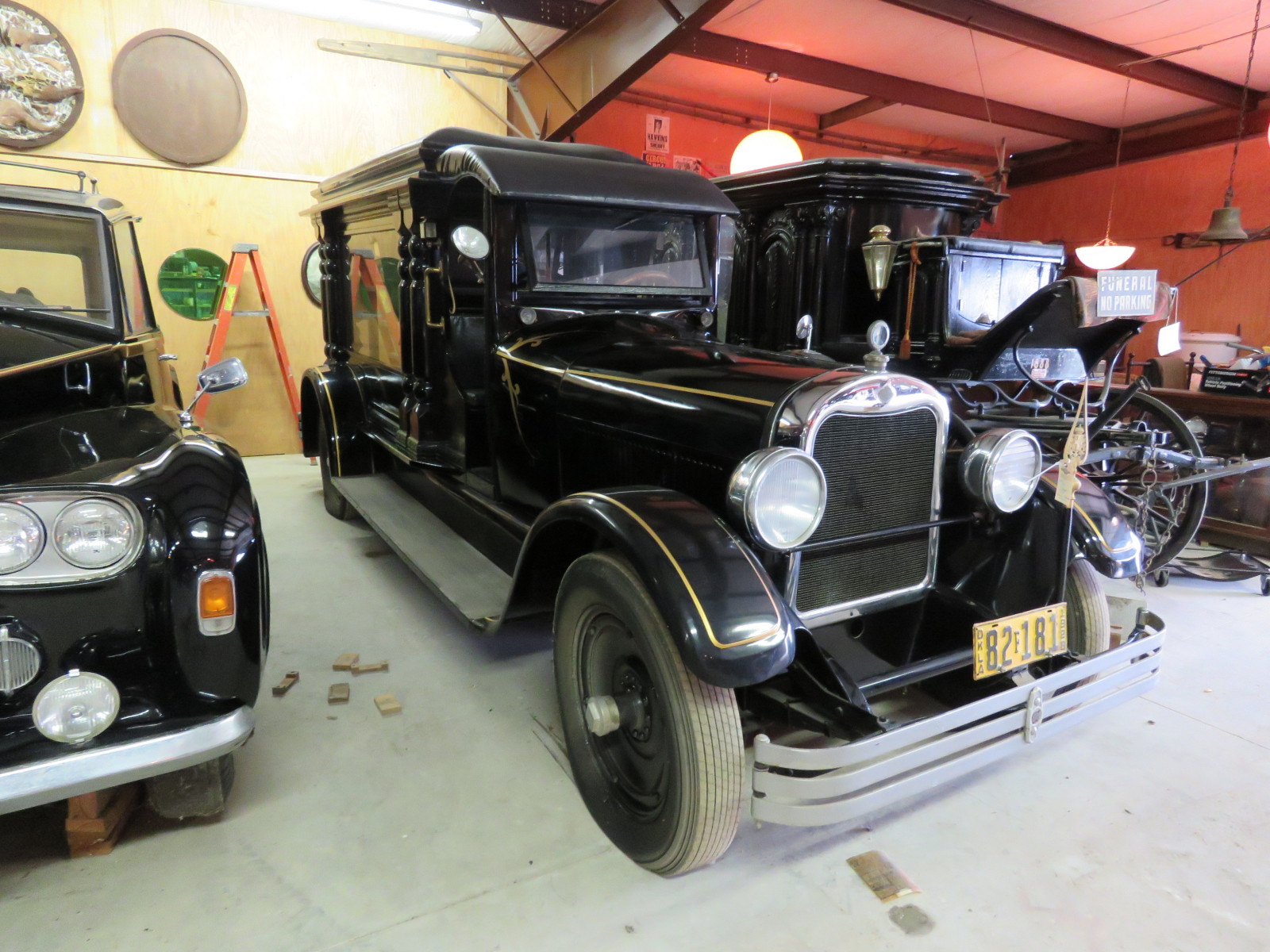 Rare 1928 Henney Hearse - Image 11