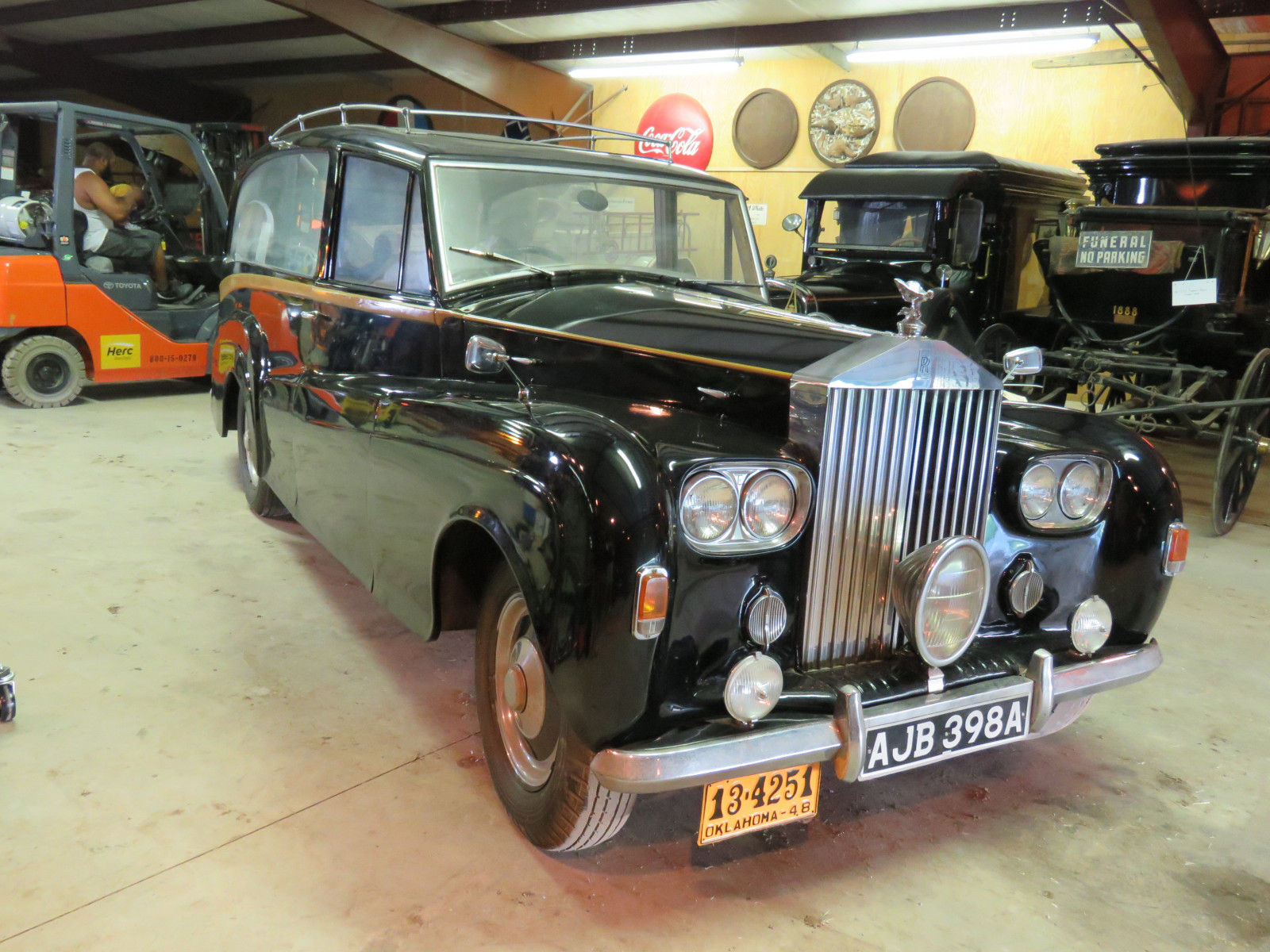 1948 Rolls Royce Silver Wraith Hearse - Image 3