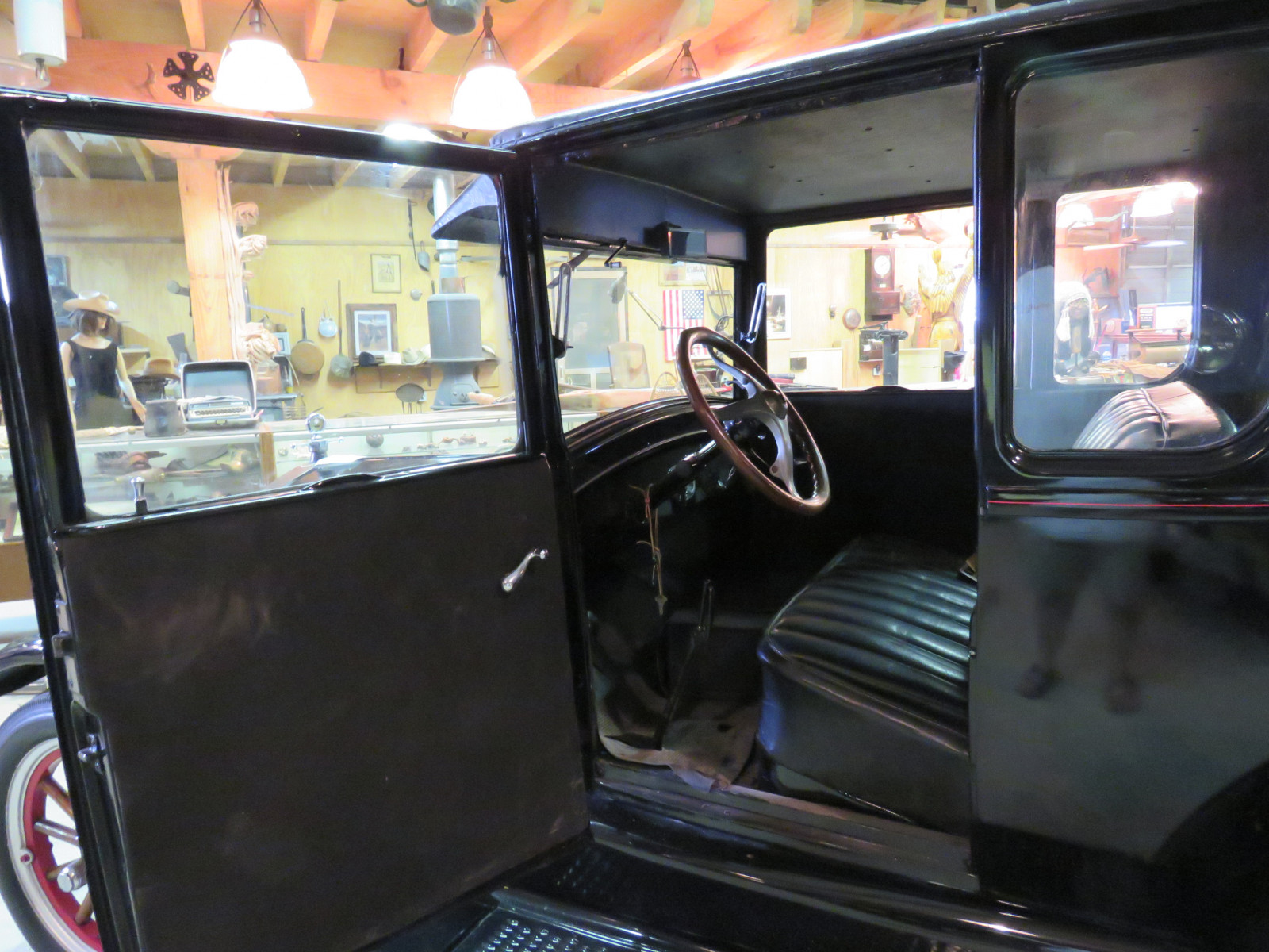 1926 Ford Model T Doctor's Coupe - Image 7