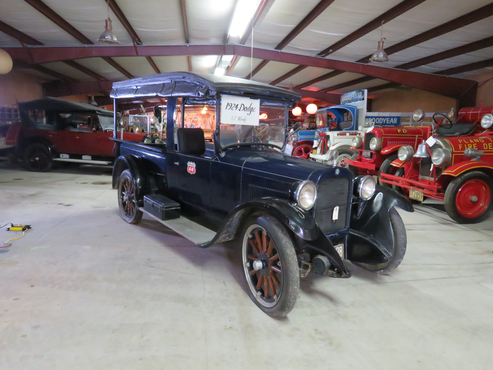 1924 Dodge Brothers 3/4 ton Commerical Station Wagon - Image 1