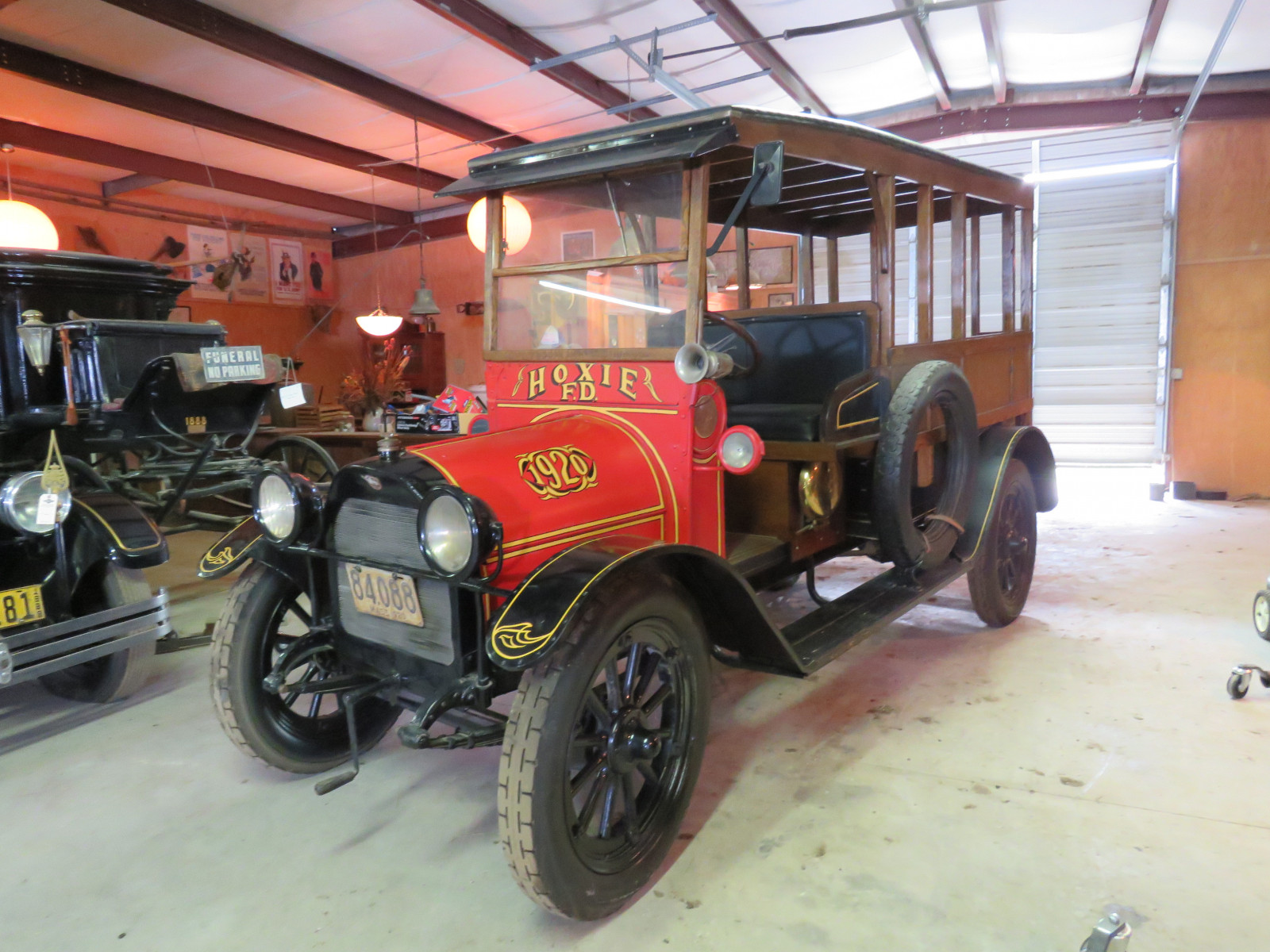 Rare 1920 REO Speedwagon Canopy Express Truck - Image 1