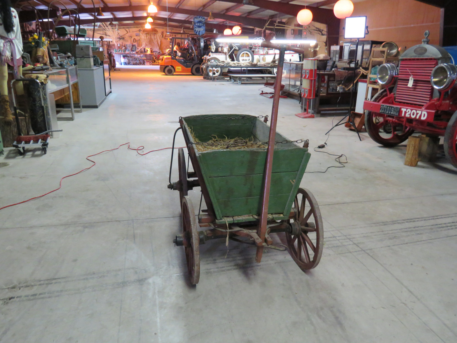 Vintage Wooden Wheel Wagon - Image 3