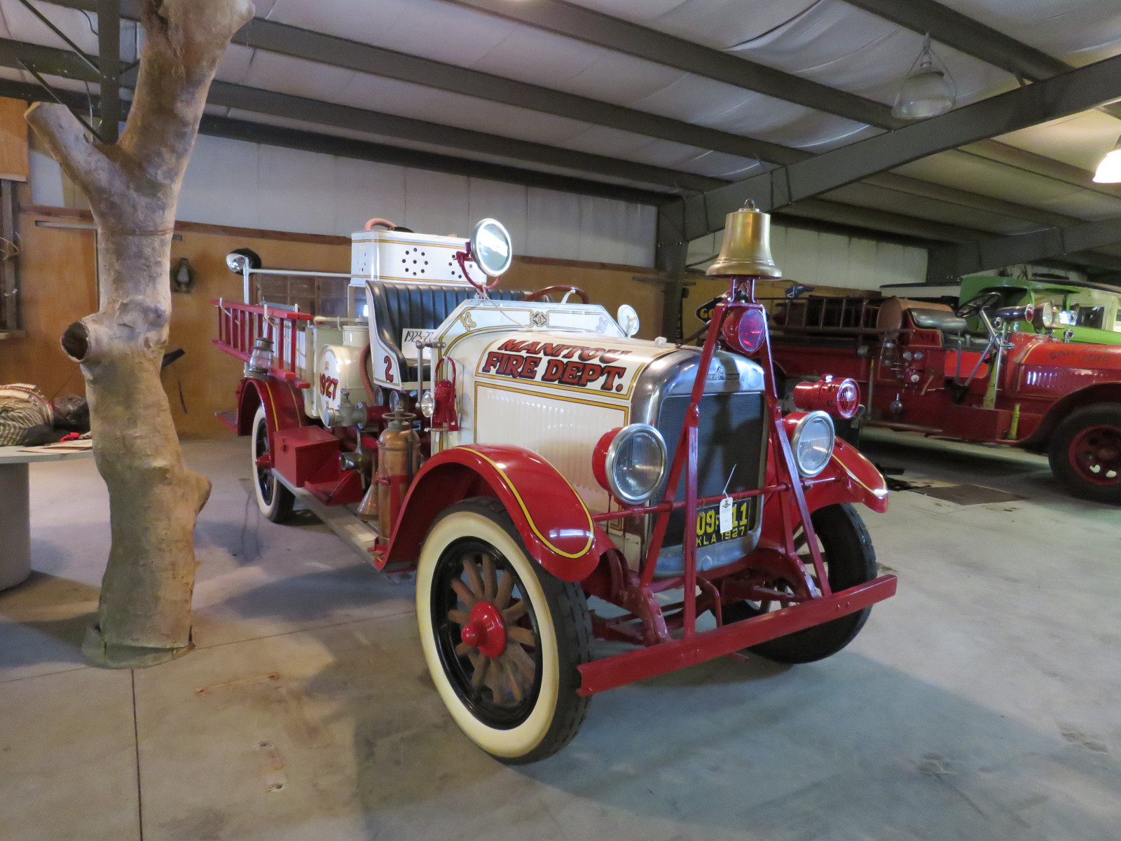 1927 REO Speed Wagon Fire Truck T6W99483 - Image 1