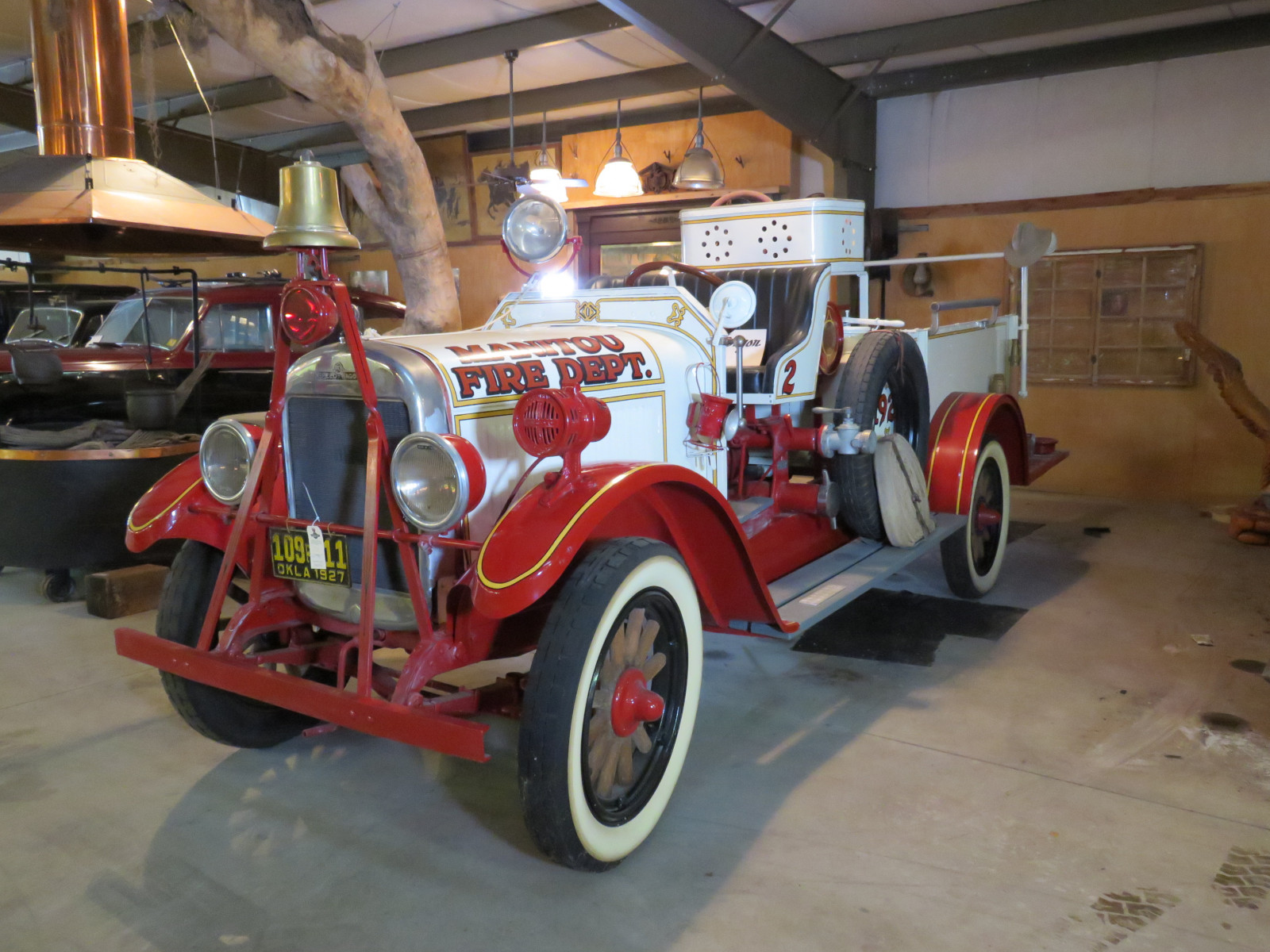 1927 REO Speed Wagon Fire Truck T6W99483 - Image 3