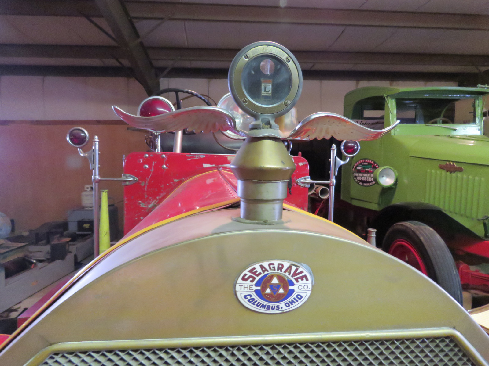1915 Seagraves Fire Truck - Image 8