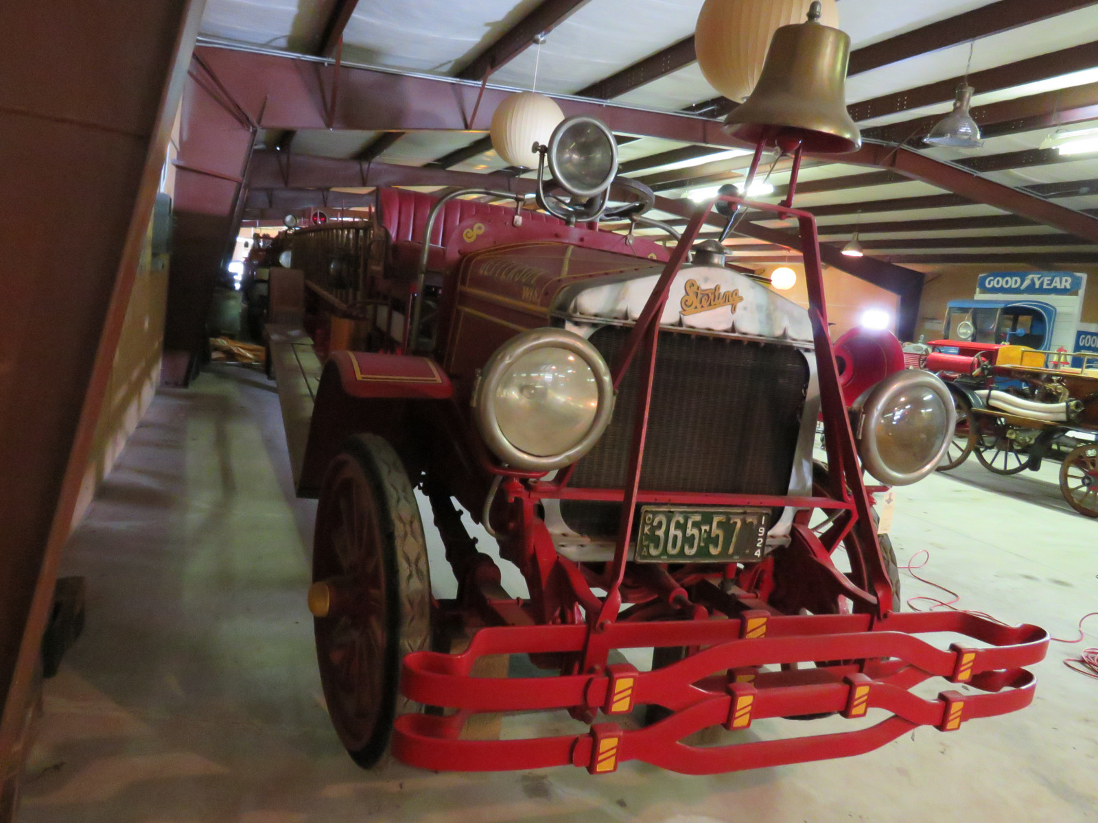 1924 Sterling Fire -Ladder Truck - Image 3