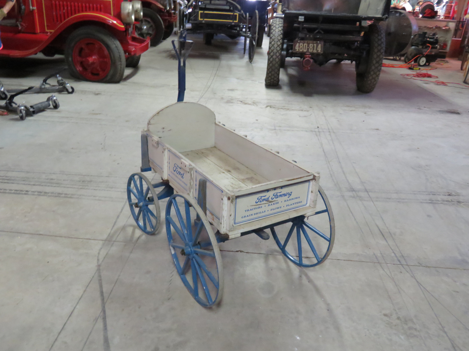 Small Wooden Wagon with Ford Script - Image 4