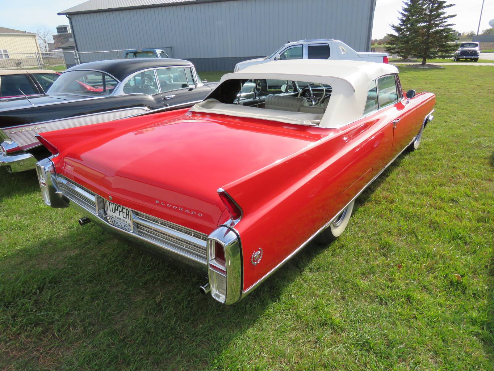 Beautiful 1963 Cadillac Eldorado Convertible - Image 5
