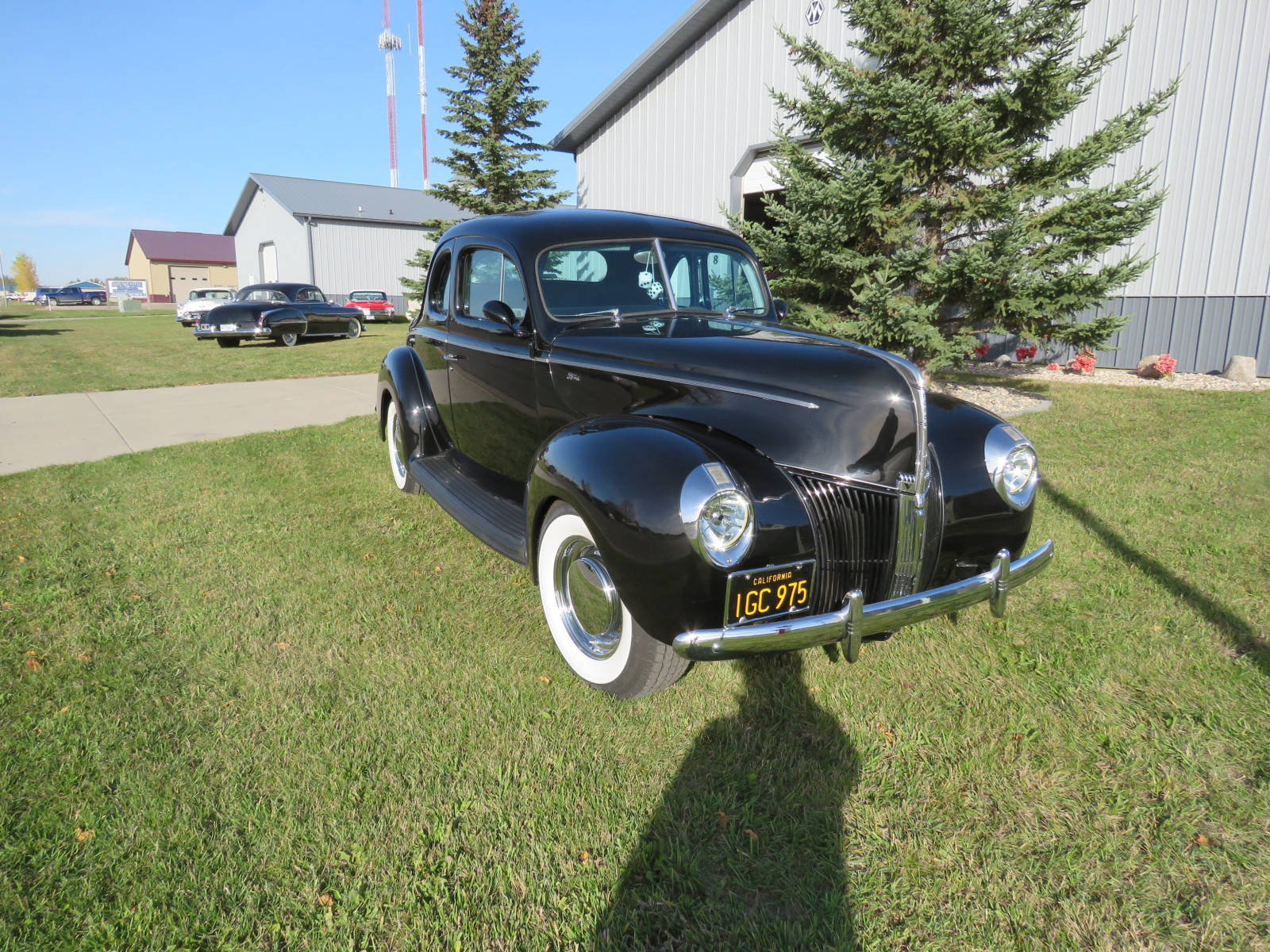 Beautiful 1940 Ford Coupe - Image 1