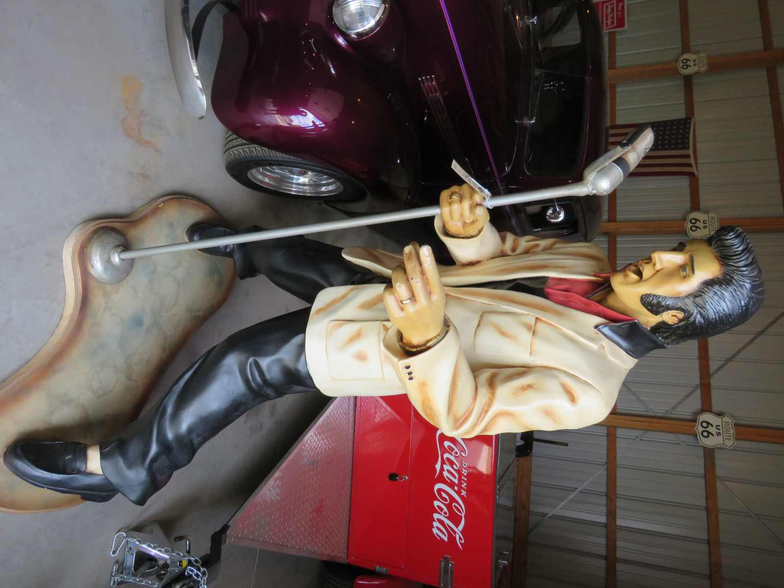 Elvis Statue with Microphone - Image 1