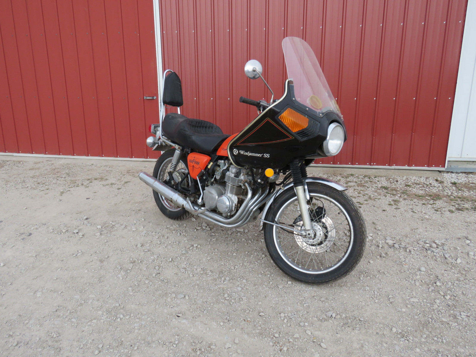 1975 Honda 550 Four Motorcycle - Image 1