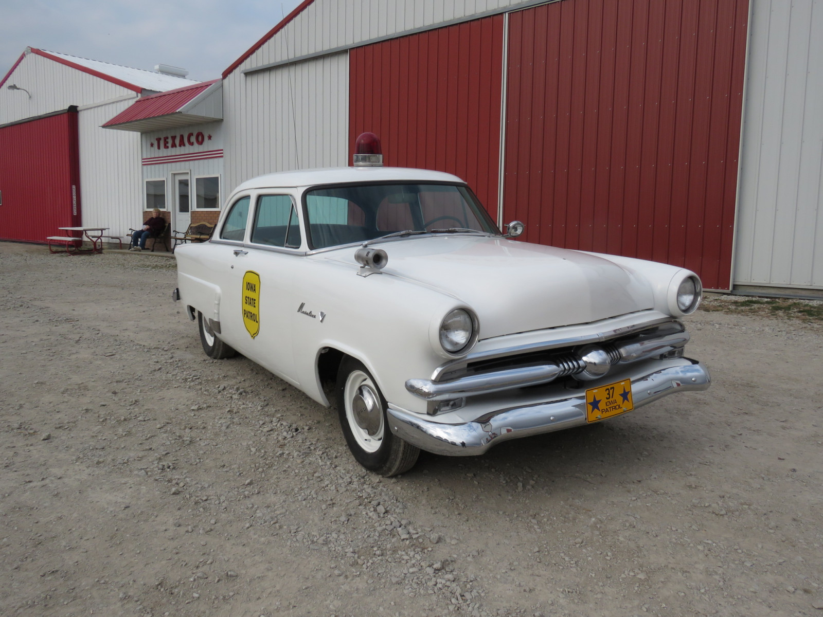 1953 Ford Mainline Iowa Patrol Car - Image 1