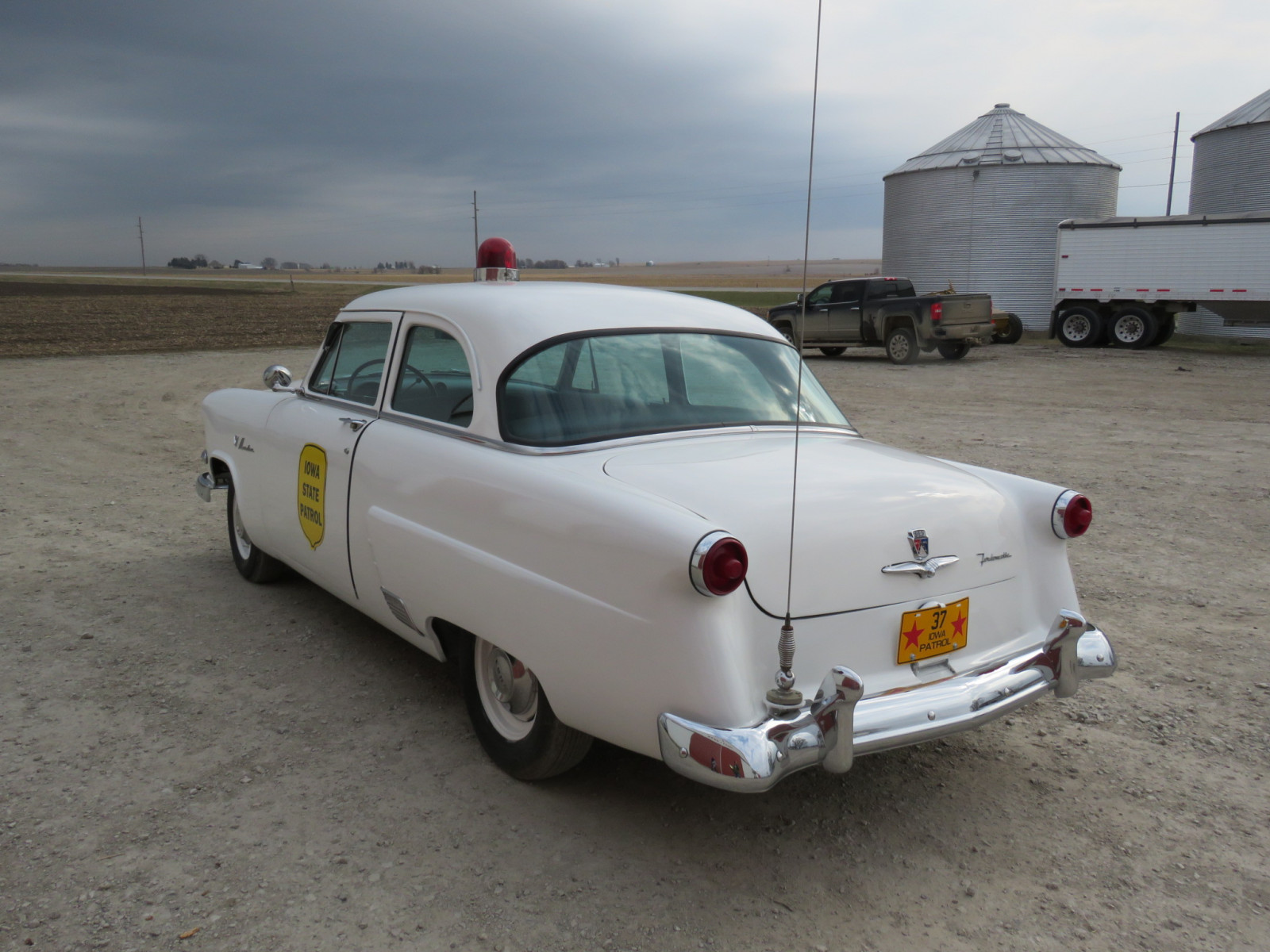 1953 Ford Mainline Iowa Patrol Car - Image 4