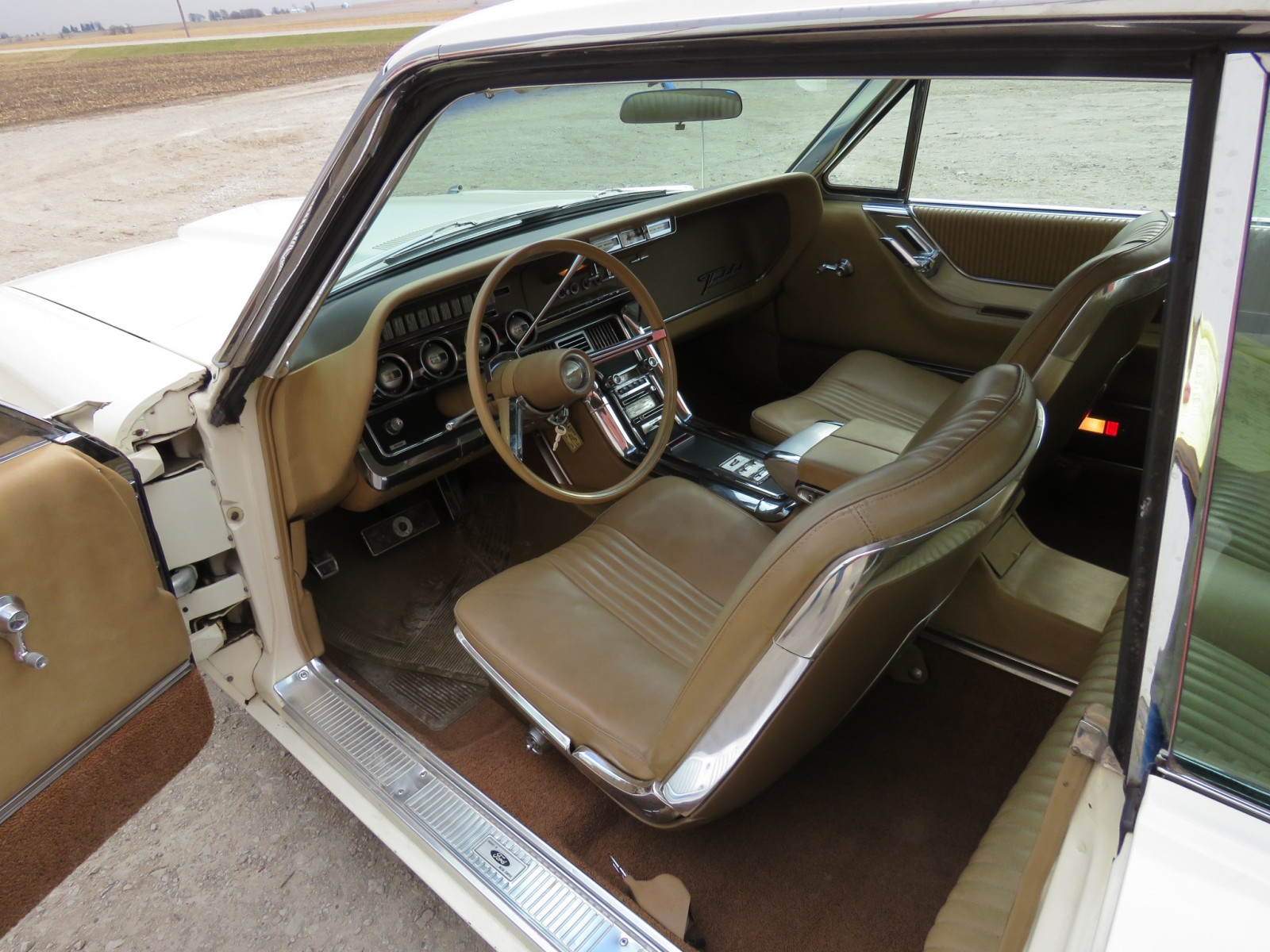 1965 Ford Thunderbird Coupe - Image 11