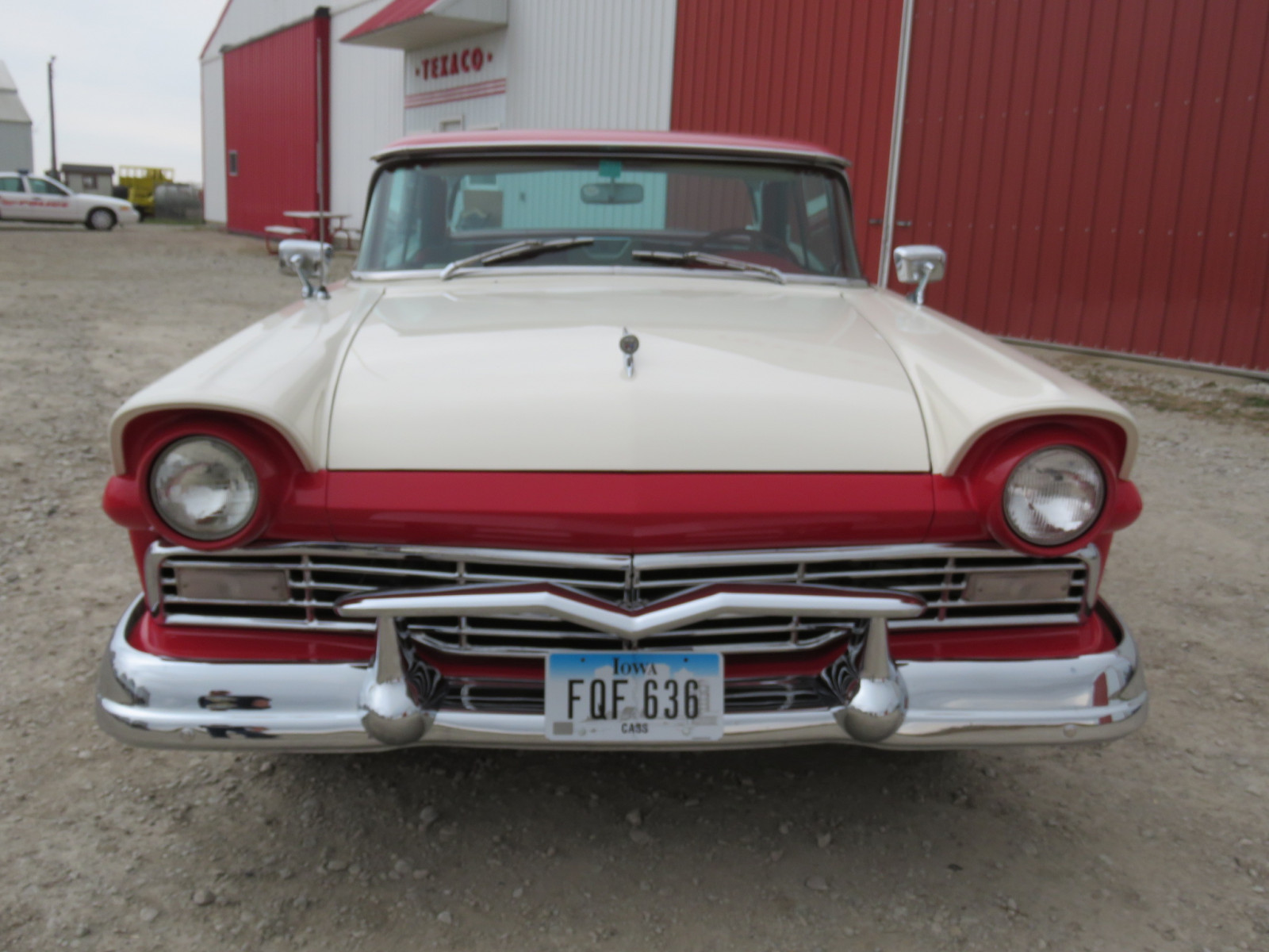 1957 Ford Fairlane 500 Skyliner Retractable hard Top - Image 2