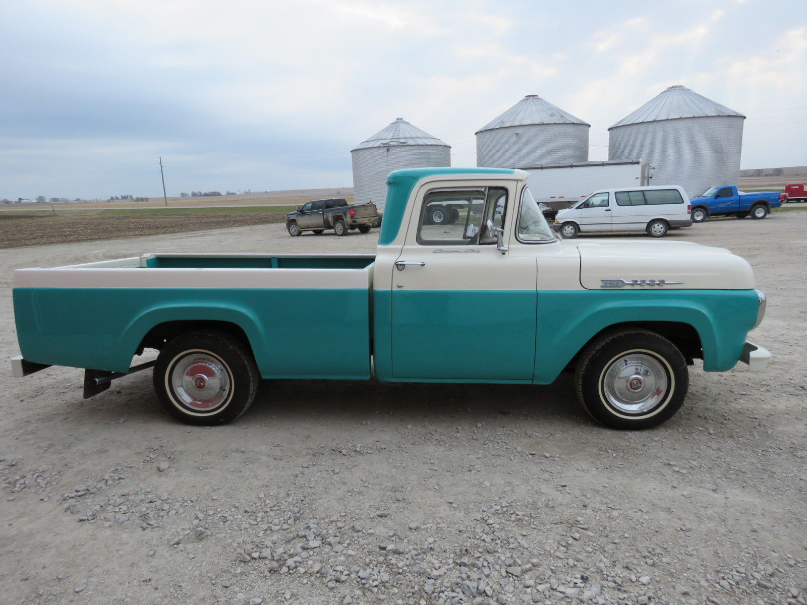 1960 Ford F100 Pickup - Image 5
