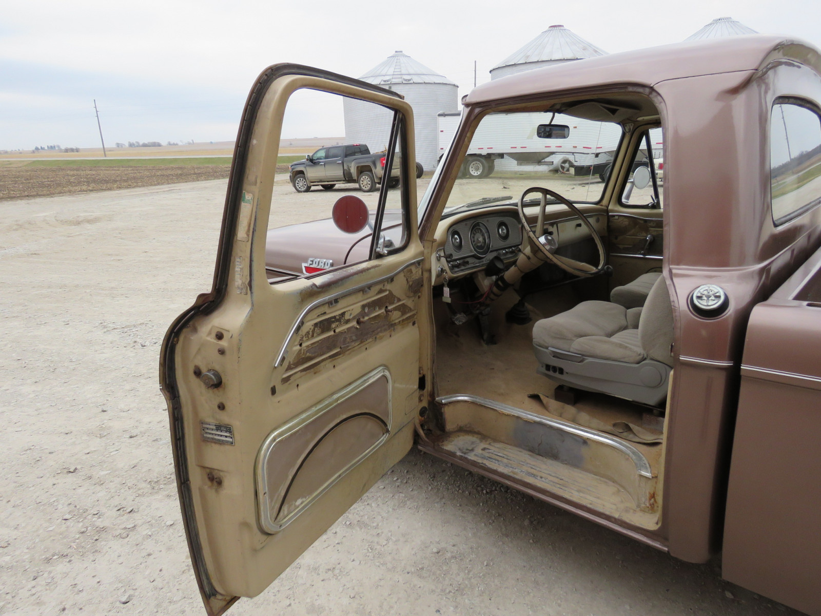 1964 Ford F100 Custom Cab Pickup - Image 7