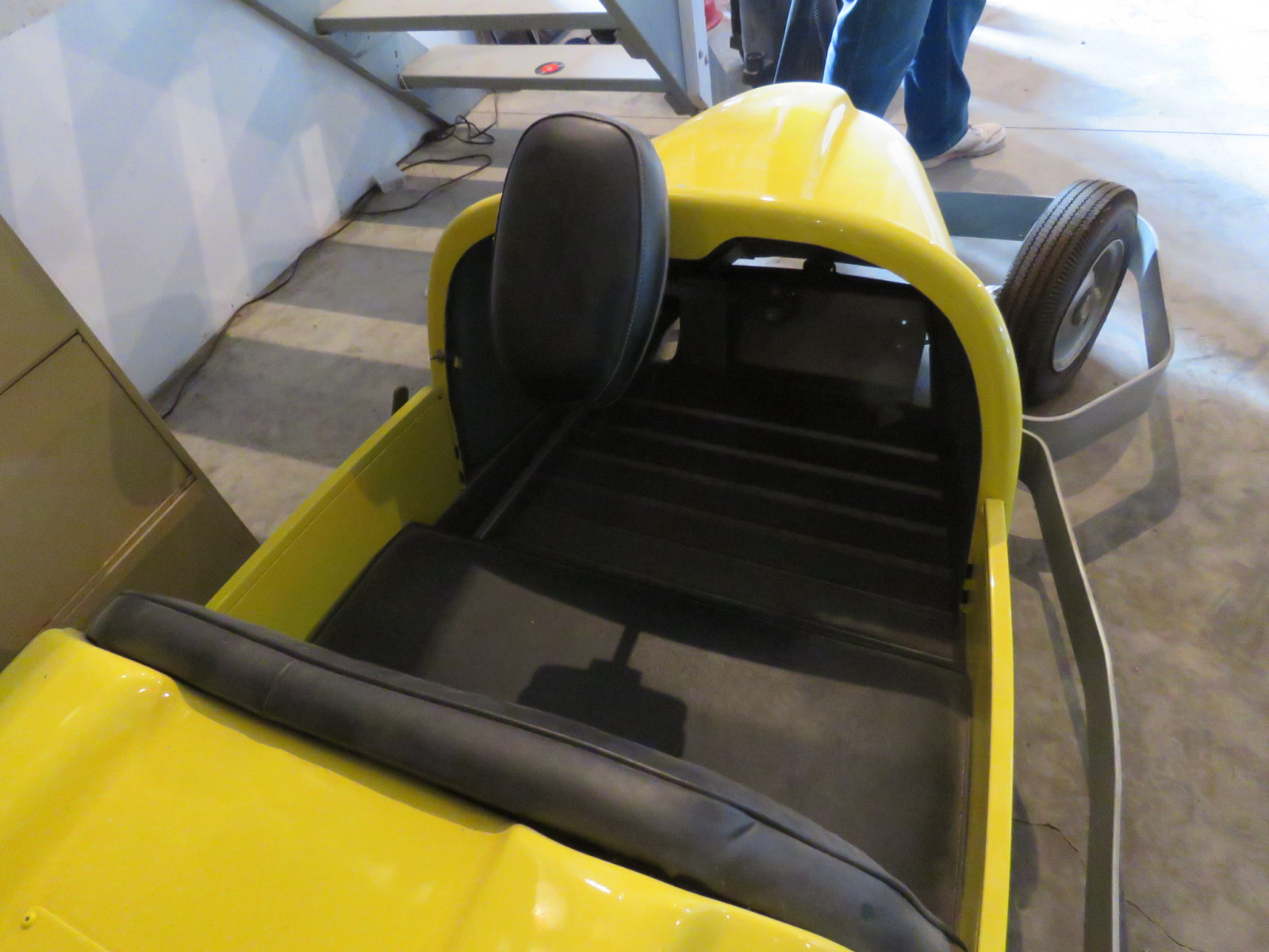 Motorized Bumper Car - Image 3