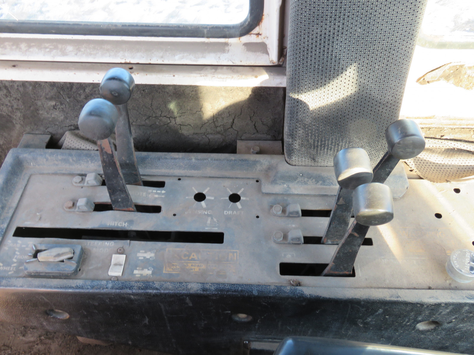 Case 4890 4WD Tractor 8861280 - Image 10