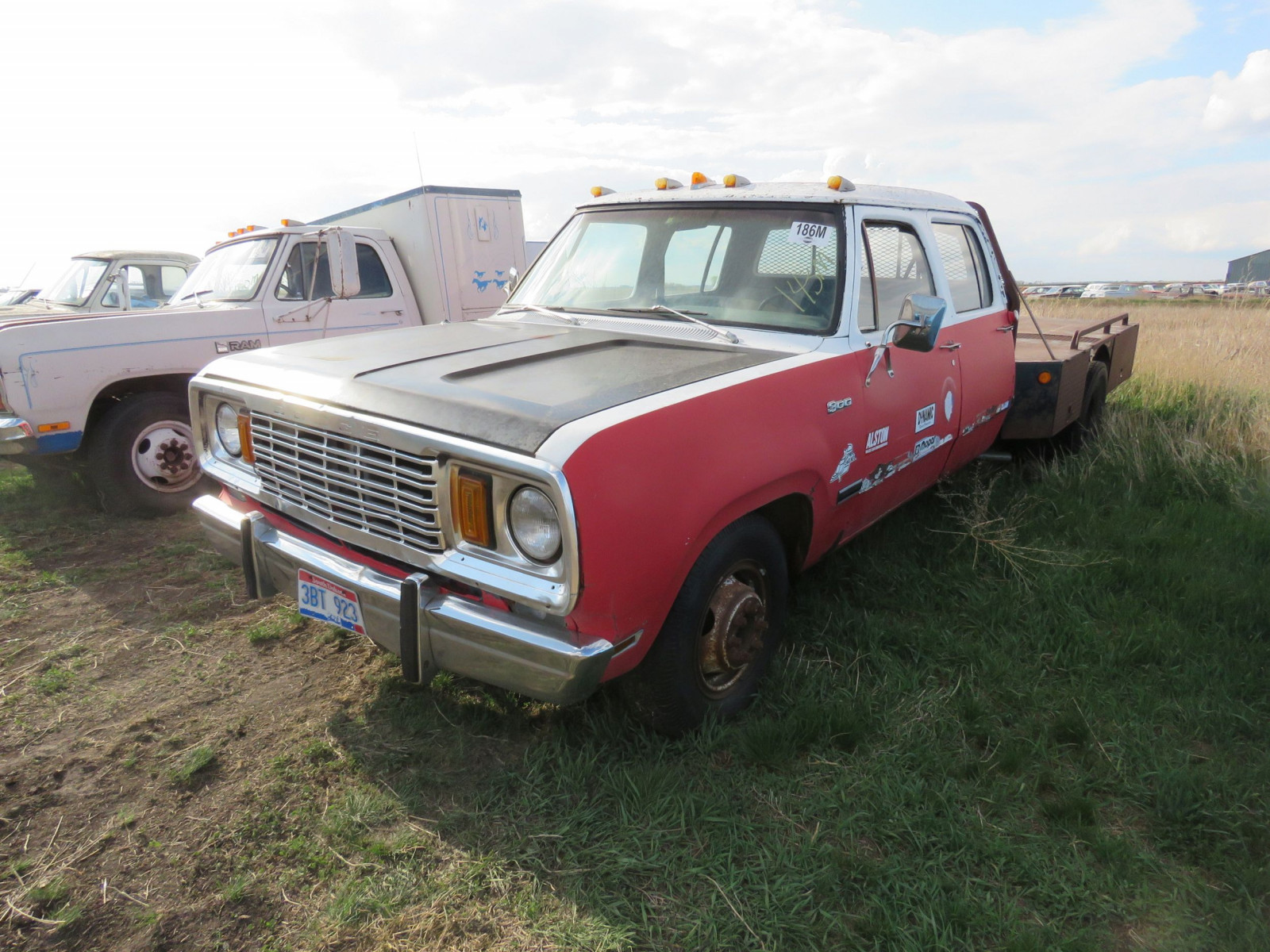 1976 Dodge Crewcab Pickup - Image 1