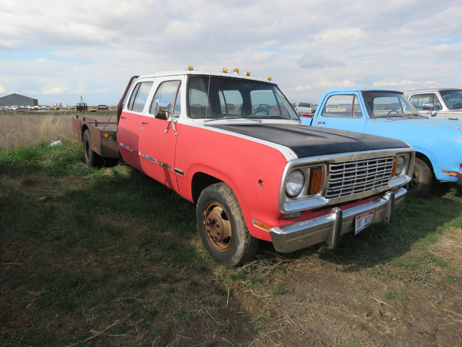 1976 Dodge Crewcab Pickup - Image 2