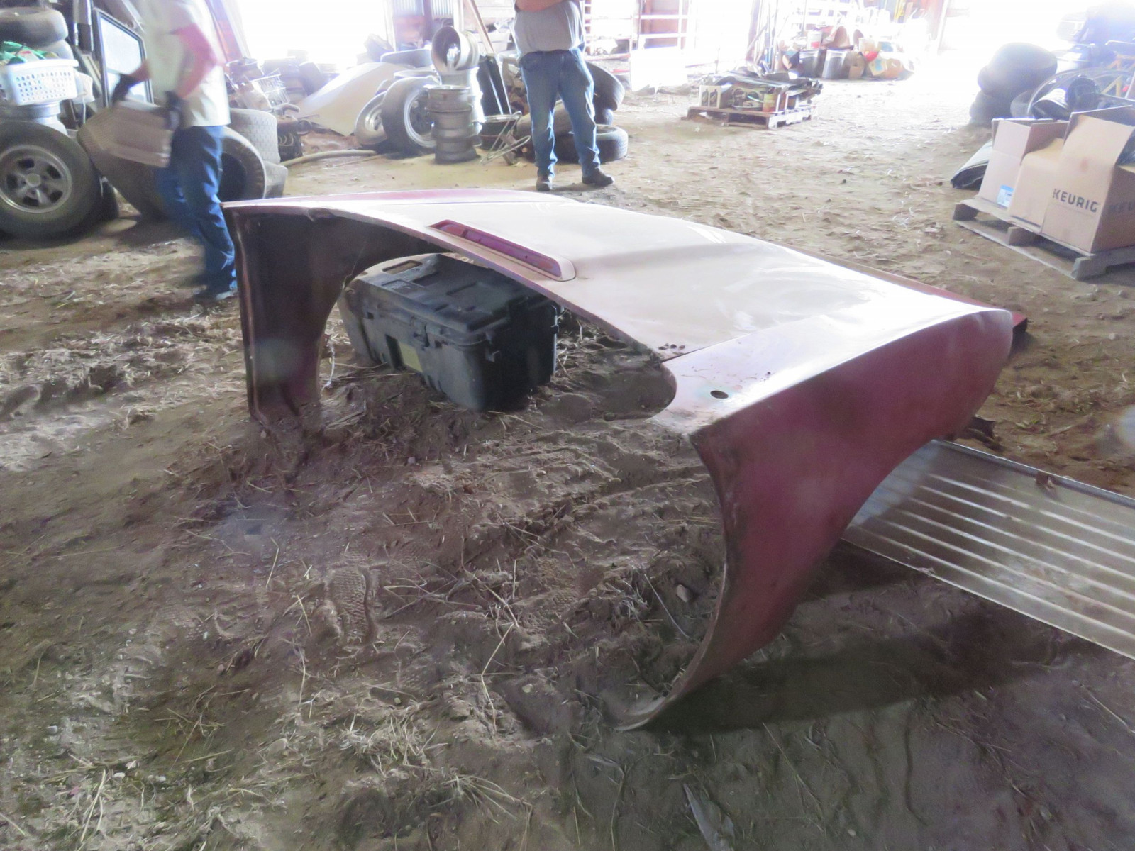 Front Clip for 1970 Plymouth Road runner in Original Pink with Decklid - Image 2