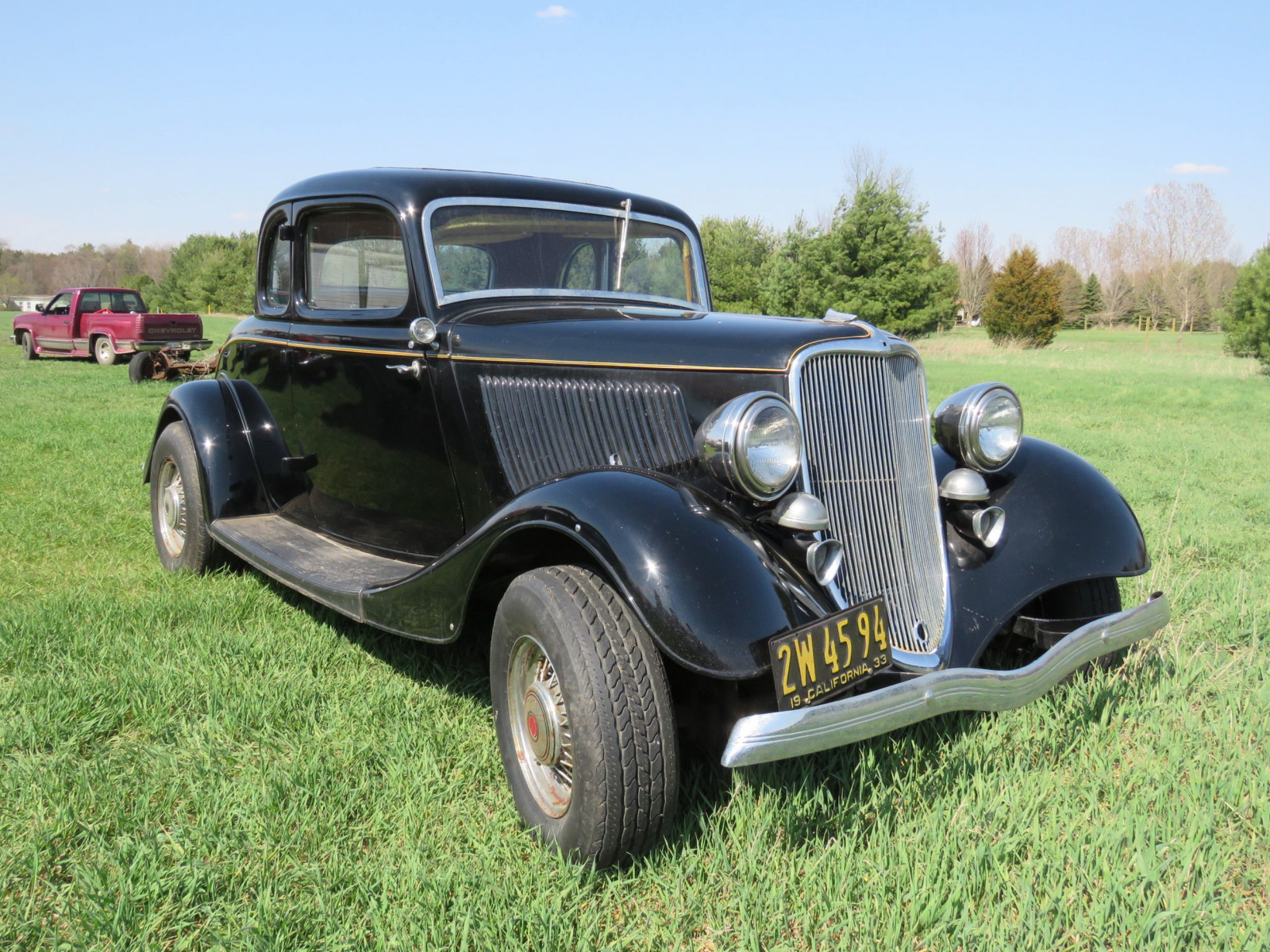 1933 Ford Coupe - Image 1