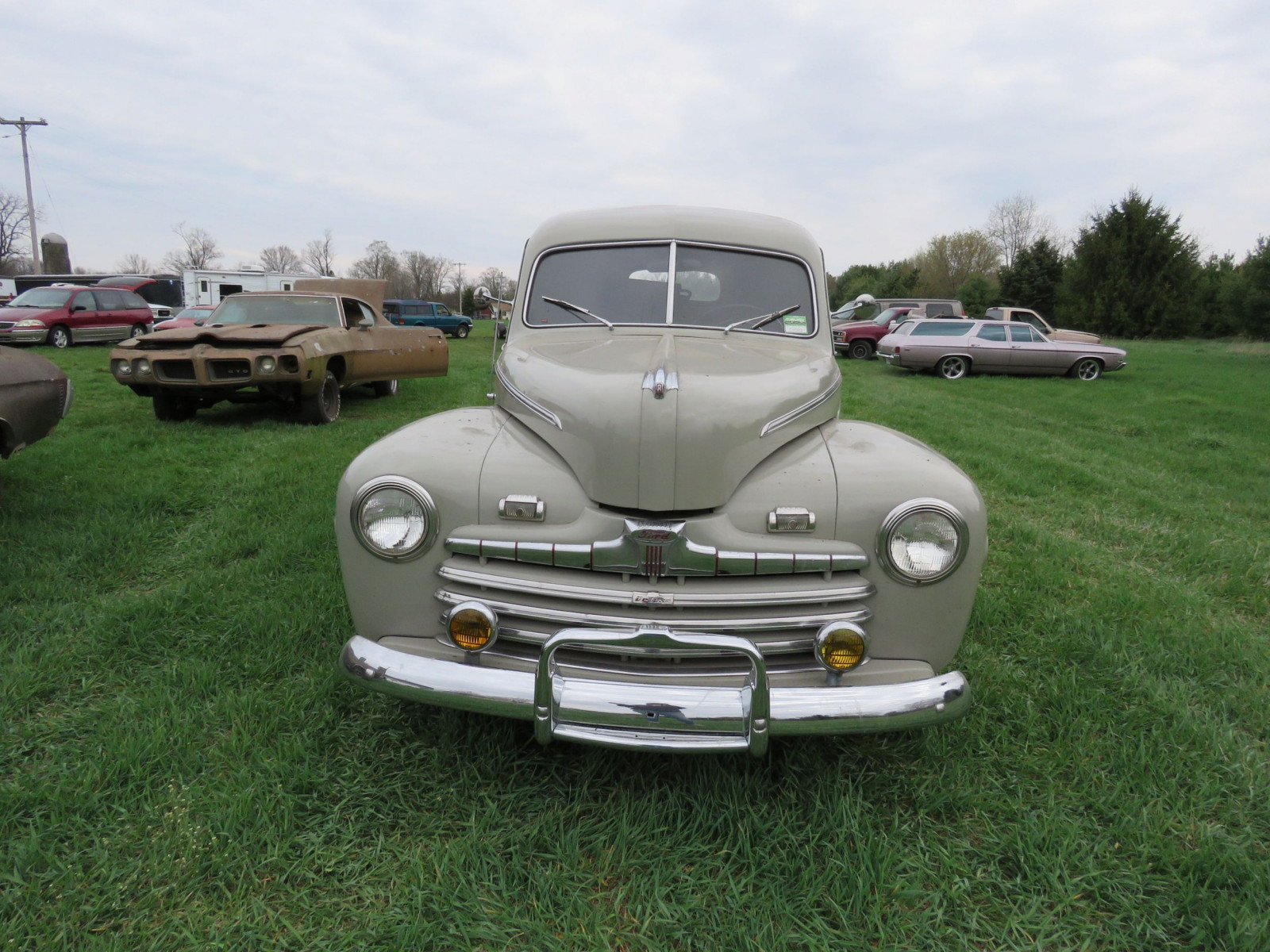 1946 Ford Sedan Delivery - Image 2
