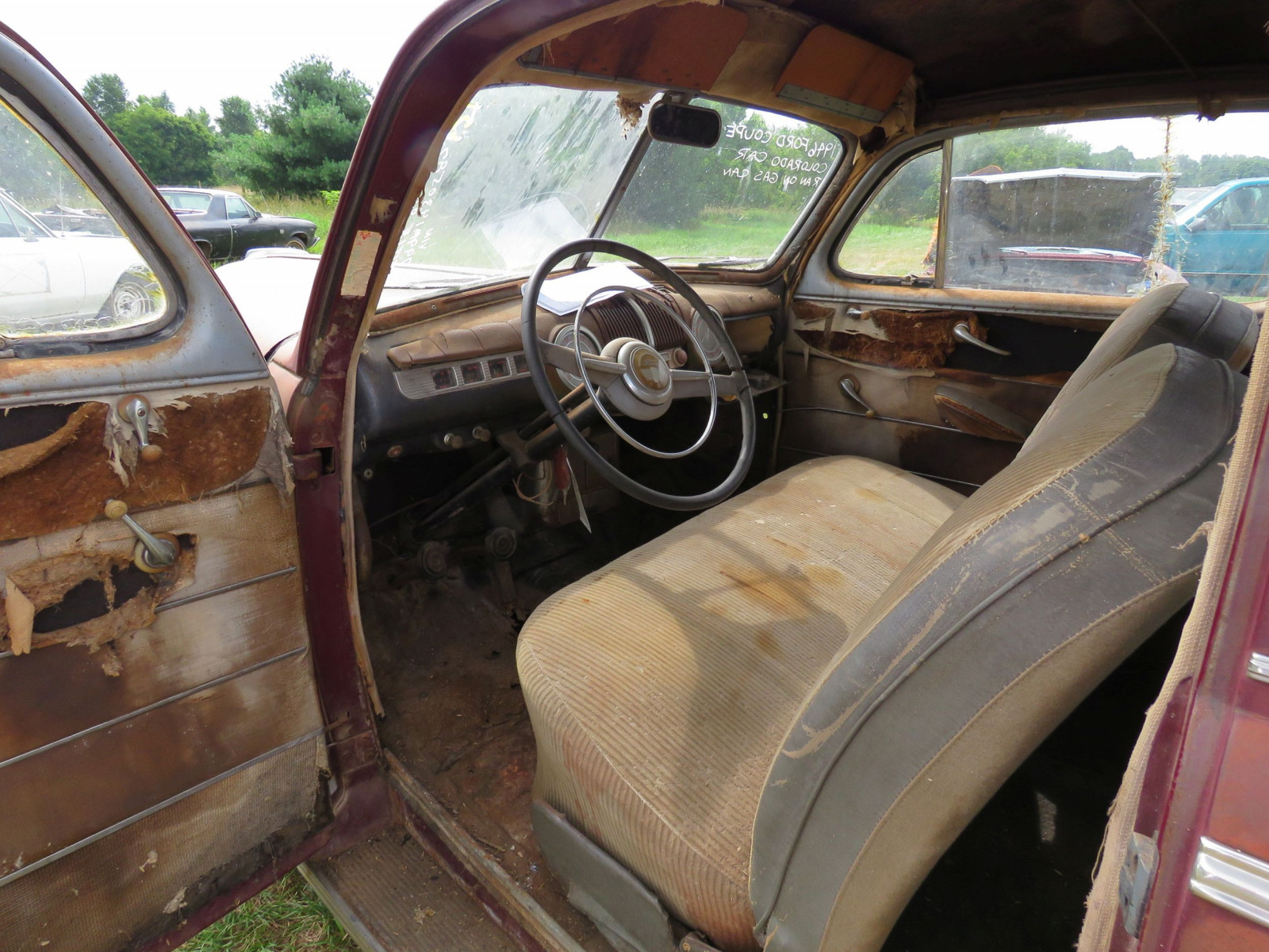 1946 Ford Super Deluxe Coupe Ford for Rod or Restore - Image 9