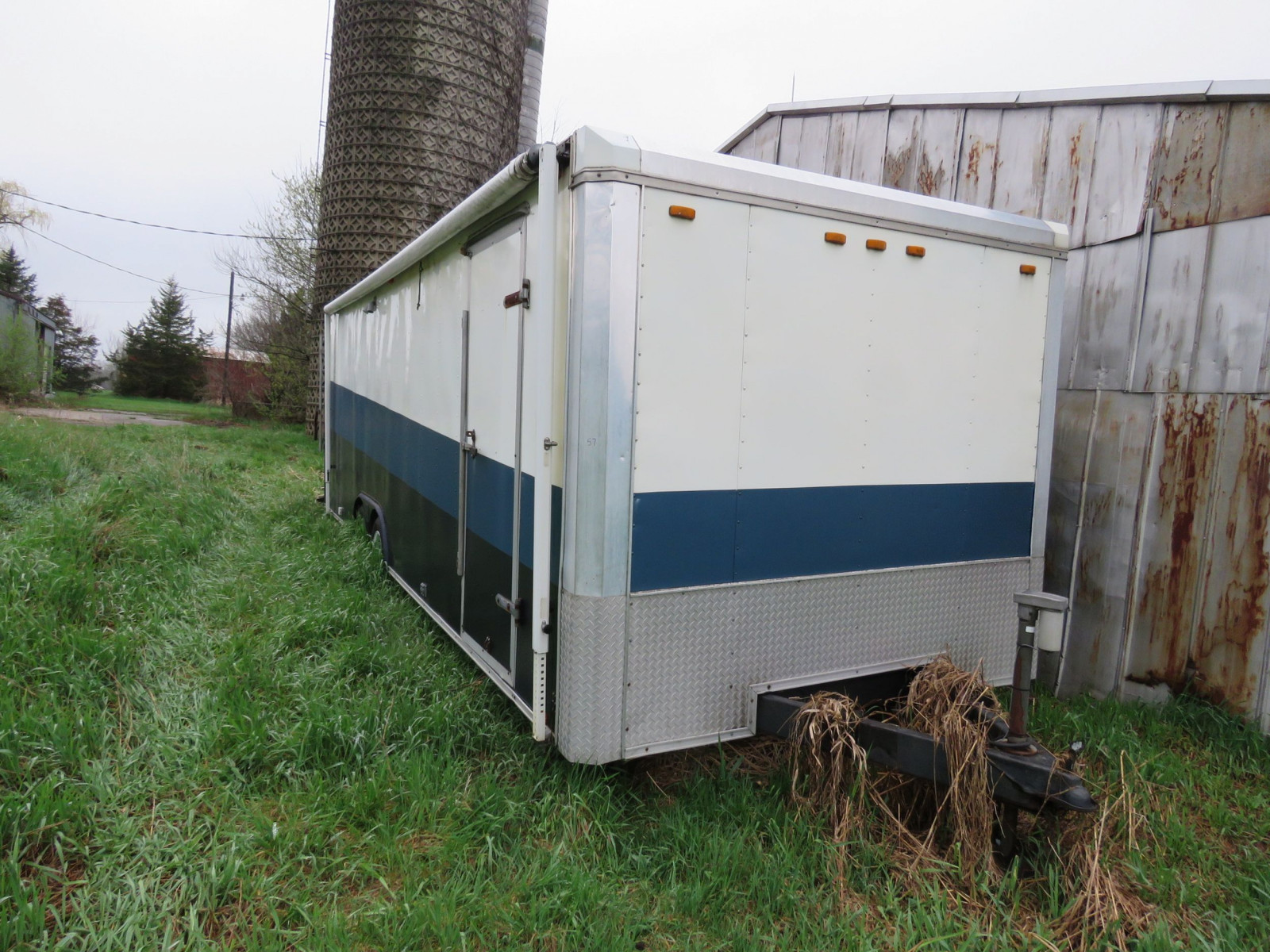 Enclosed Trailer - Image 1