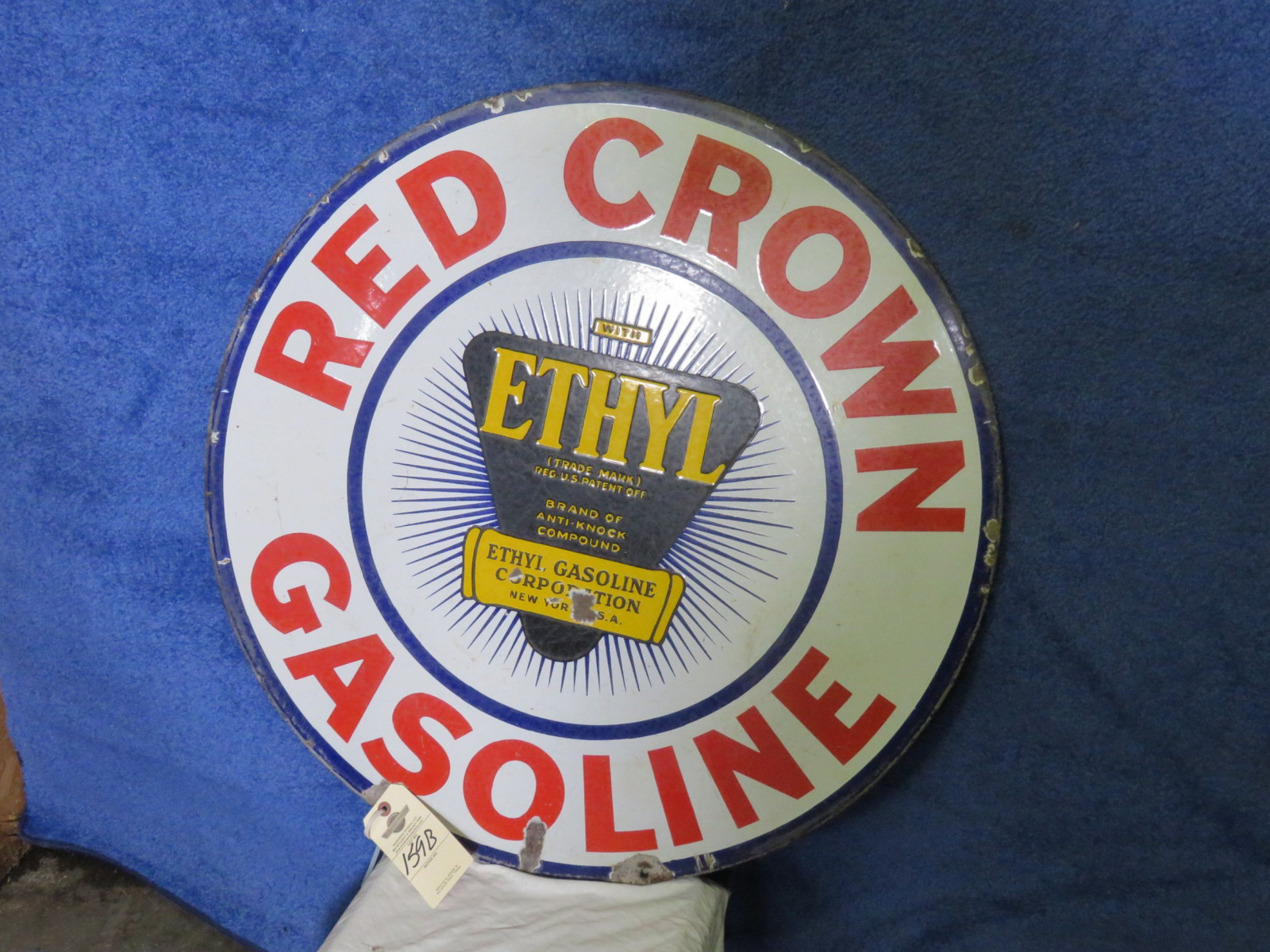 Red Crown DS Porcelain Sign - Image 1