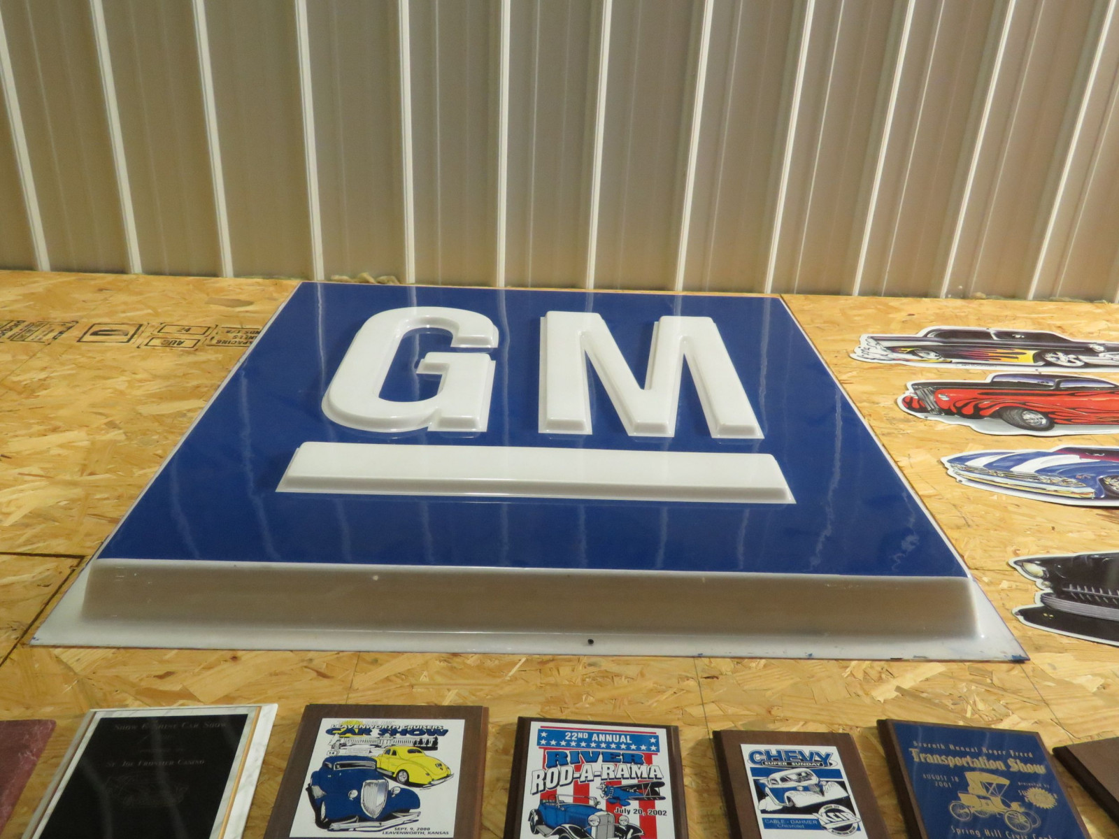 GM SS Plastic Sign - Image 1