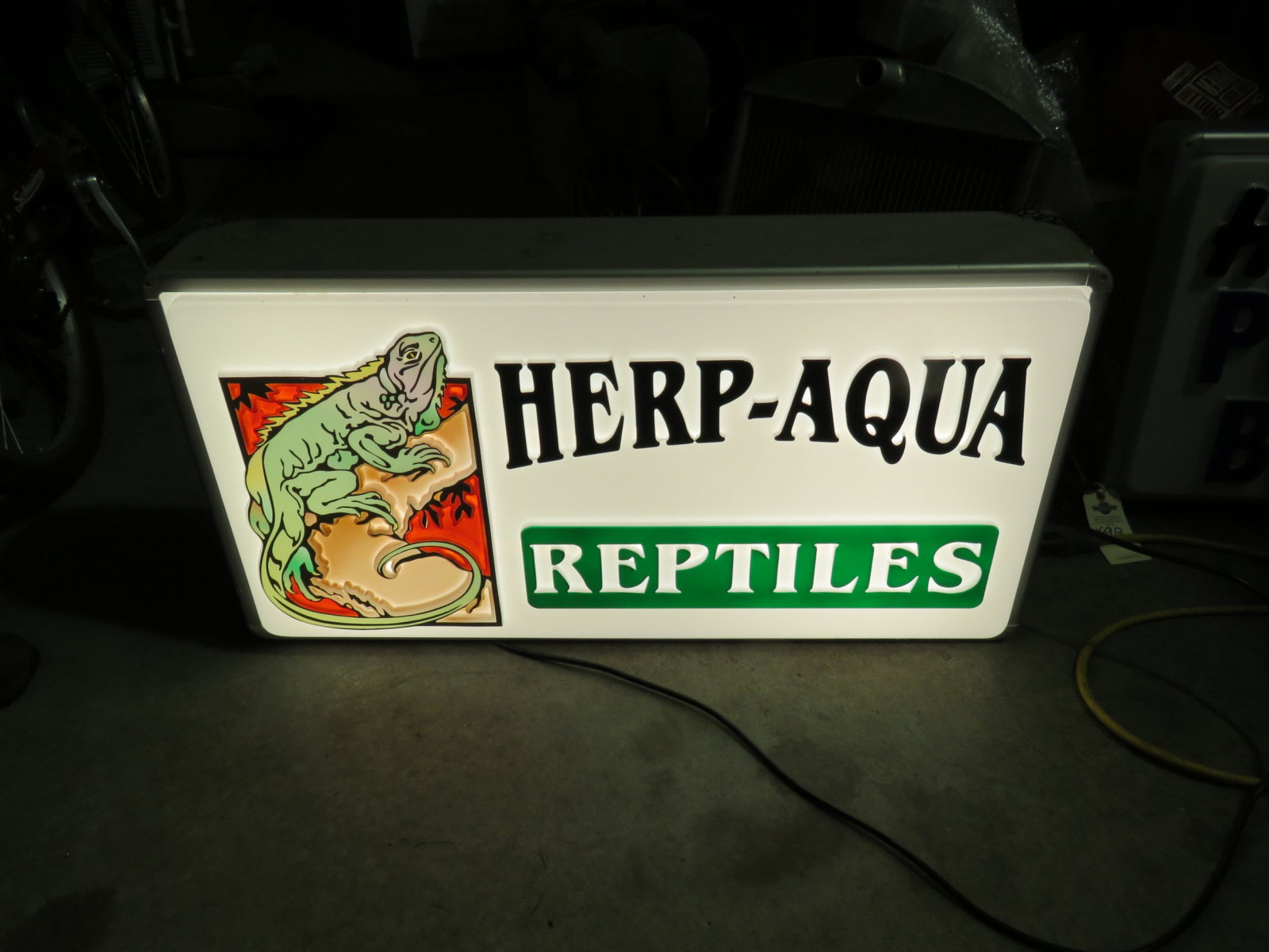 Herb Aqua Reptiles Lighted Sign - Image 1