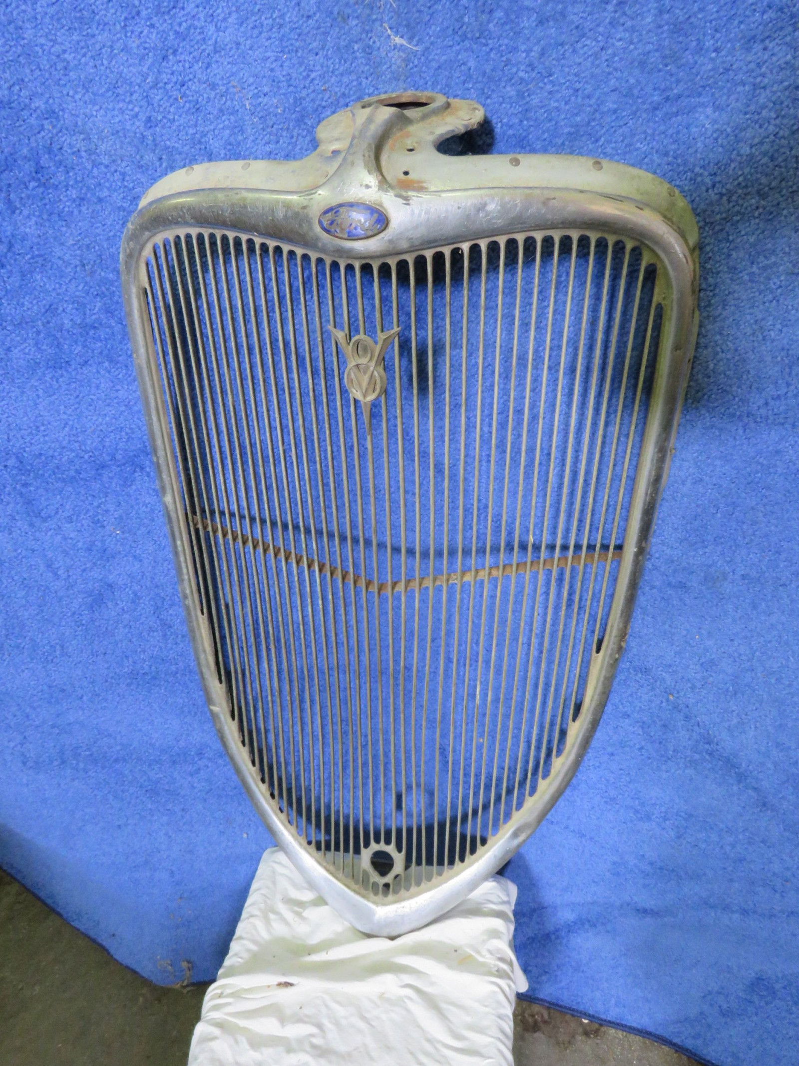 Original 1933 Ford Grill - Image 1