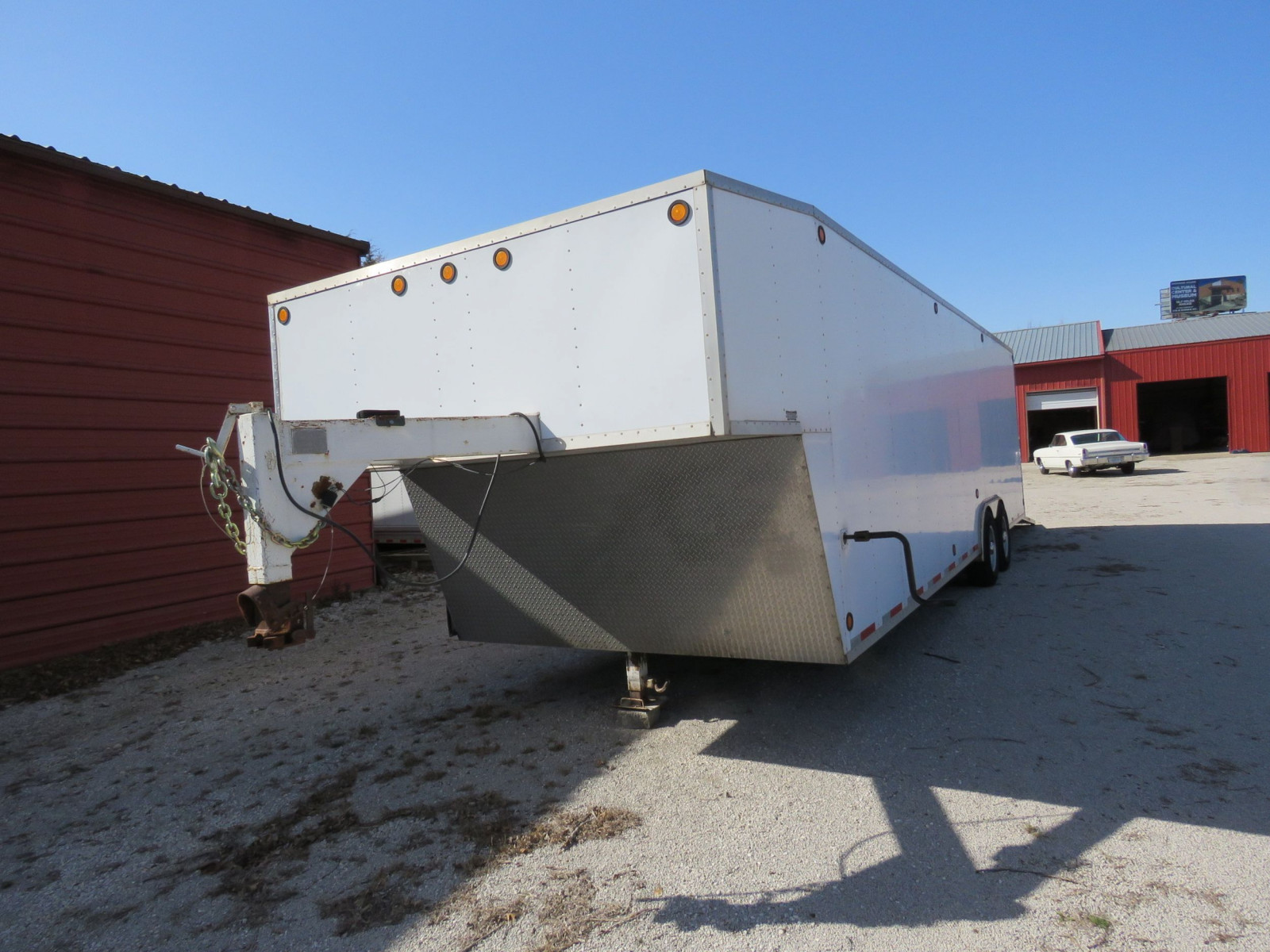 1994 S&S Welding Enclosed Trailer - Image 1