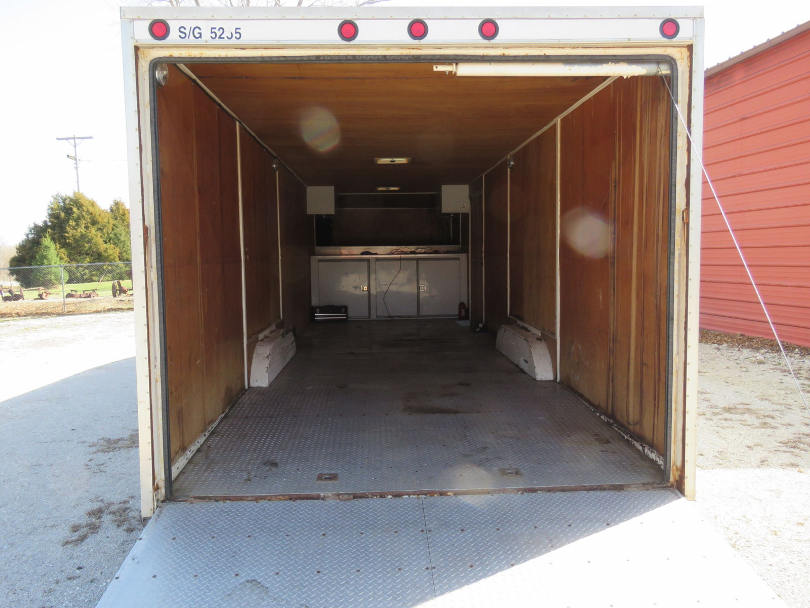 1994 S&S Welding Enclosed Trailer - Image 4