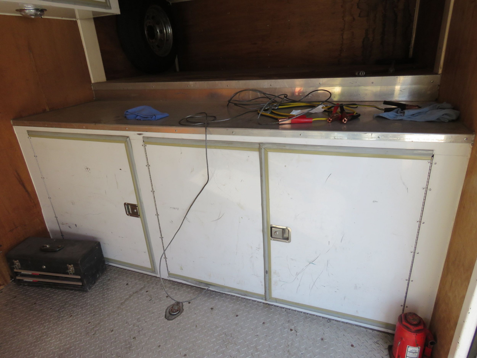 1994 S&S Welding Enclosed Trailer - Image 6