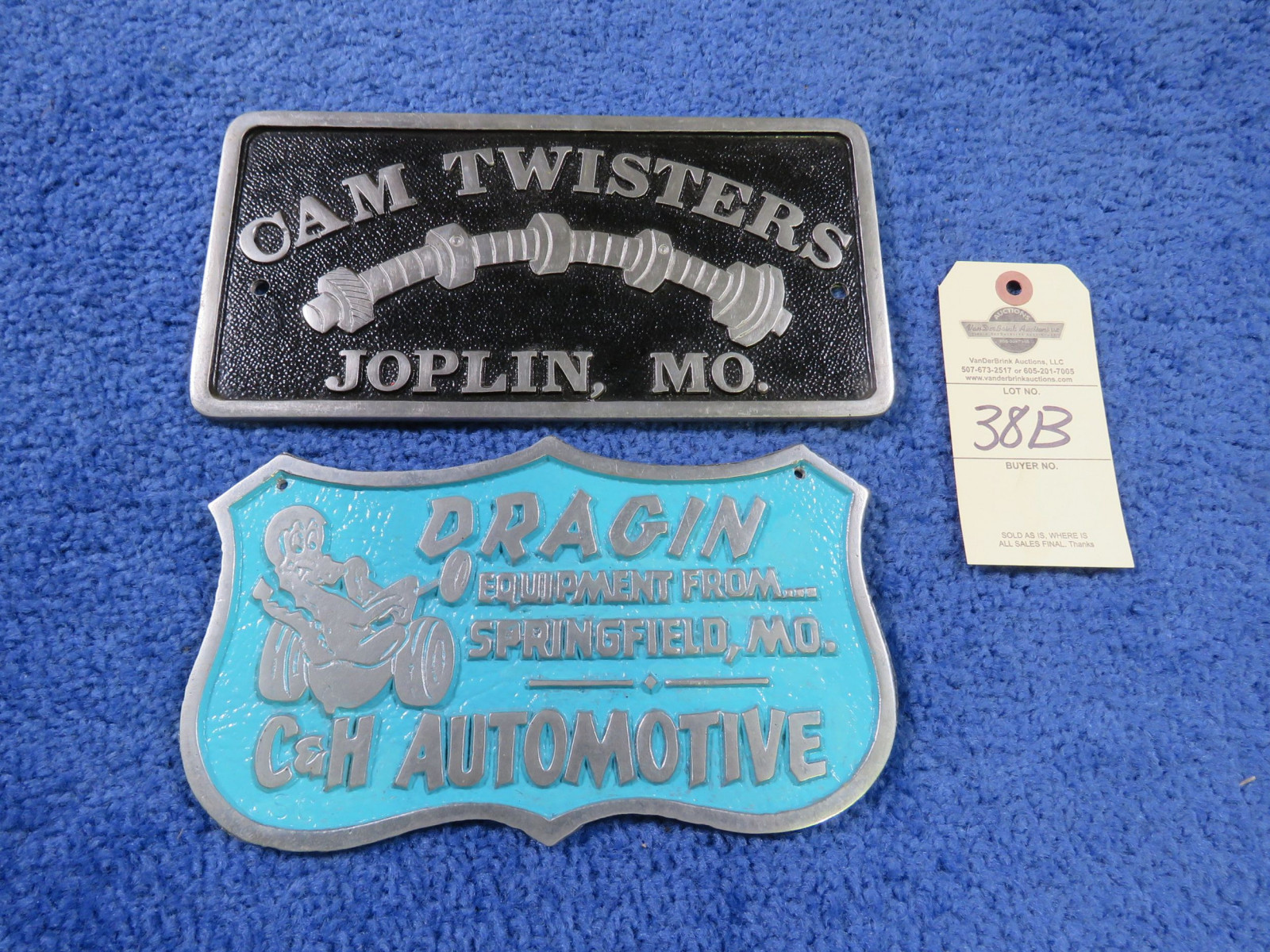 Cam Twisters Vintage Vehicle Club Plates- Pot Metal - Image 1
