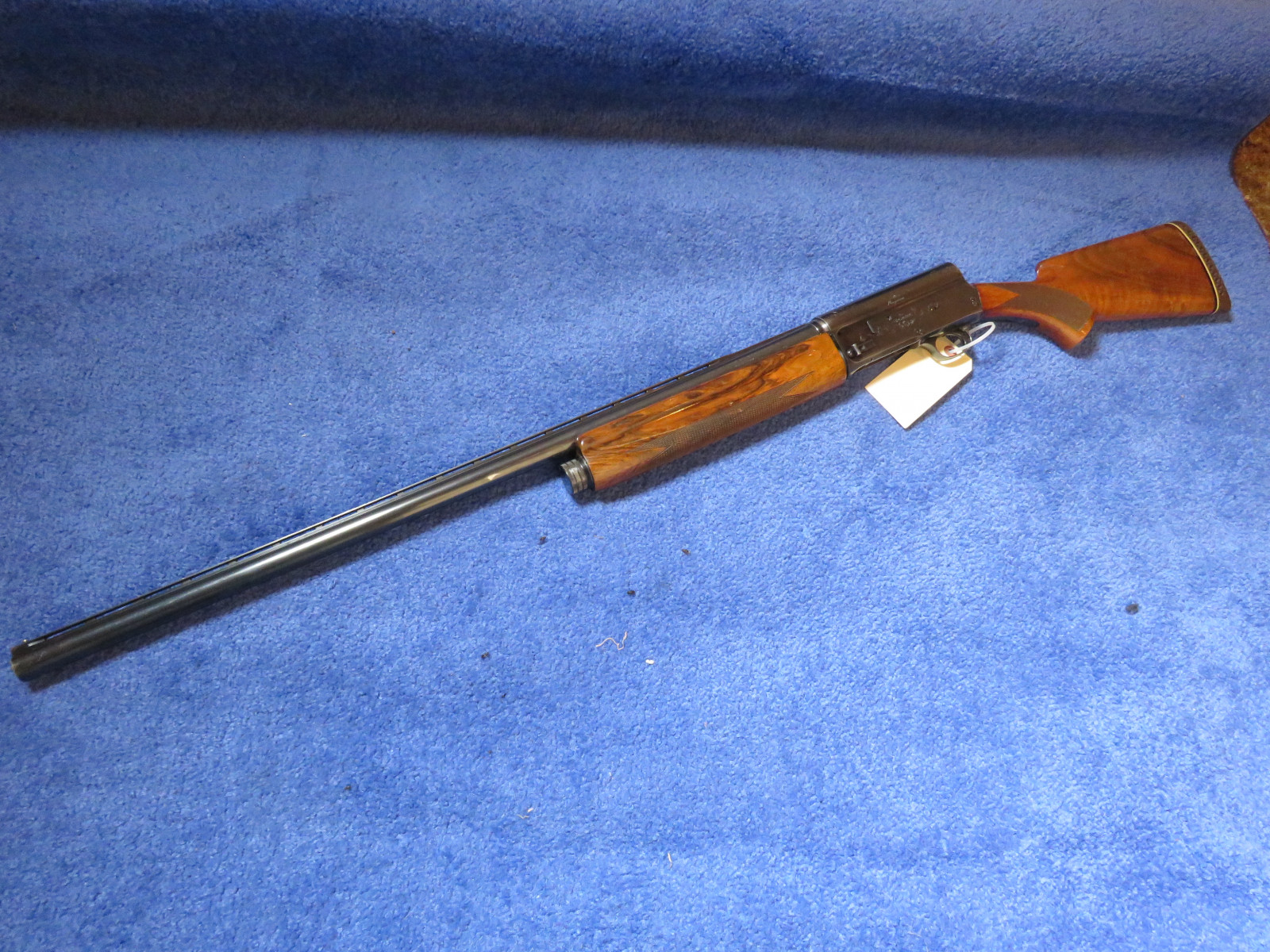 Browning Semi-automatic 12 Gauge Shotgun - Image 2