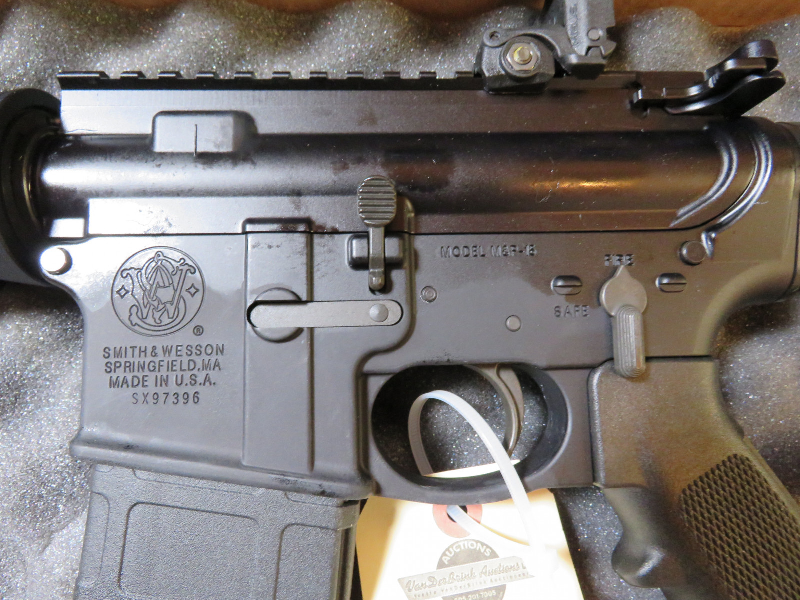 Smith & Wesson M&P15 Centerfire Rifle NIB NF - Image 3