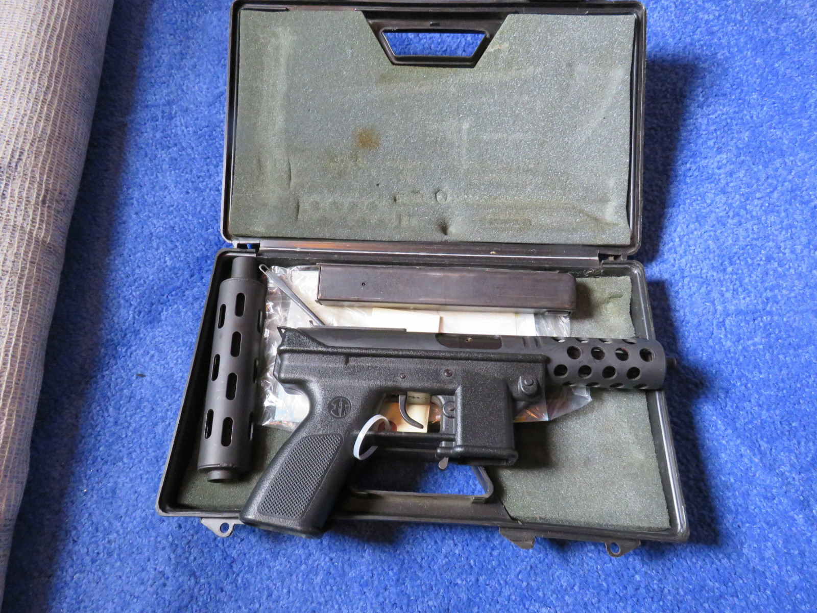 Intratec TEC-DC9 9mm Luger - Image 2