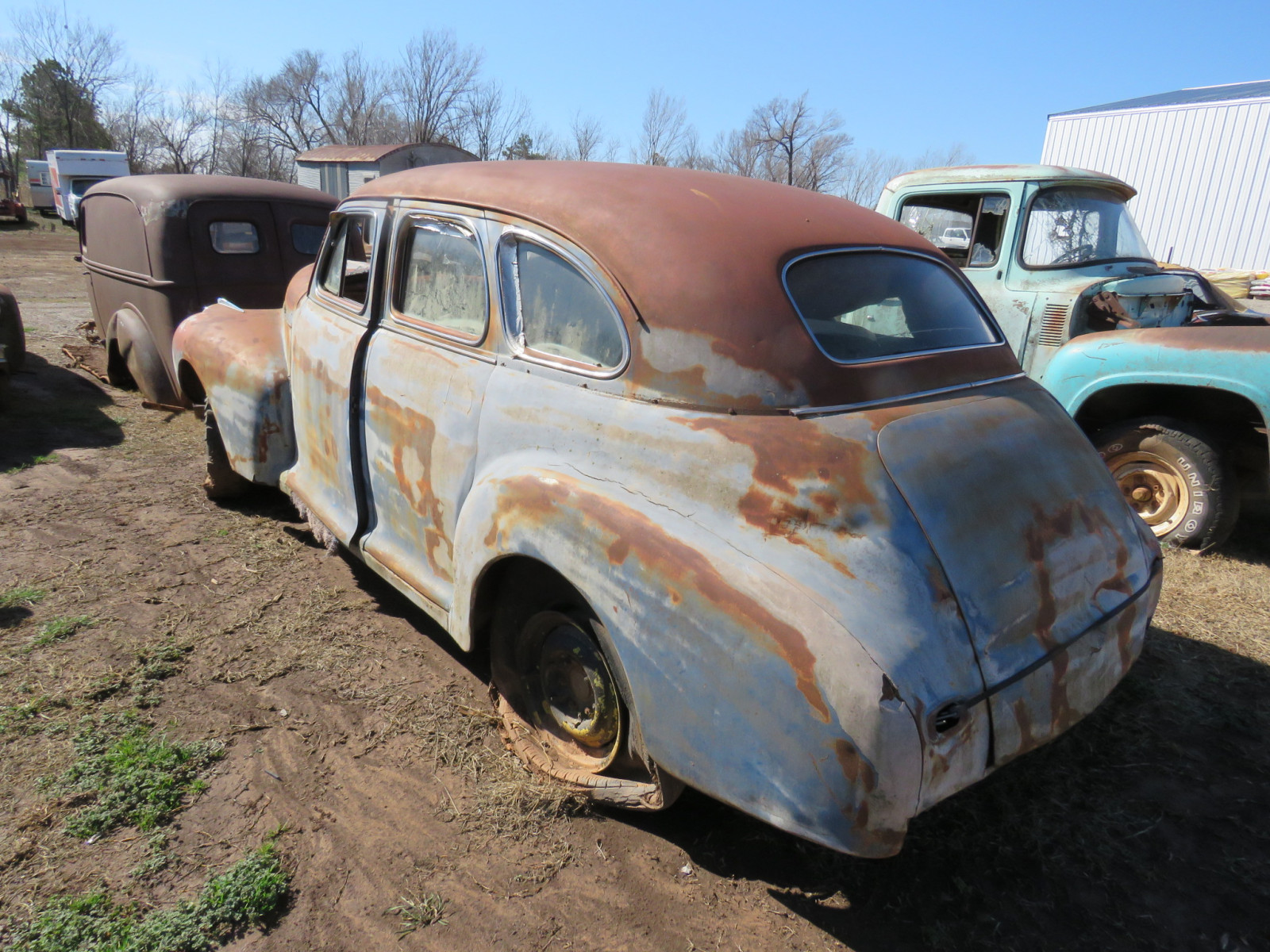 1941 Chevrolet 4dr Sedan Rolling Body - Image 3