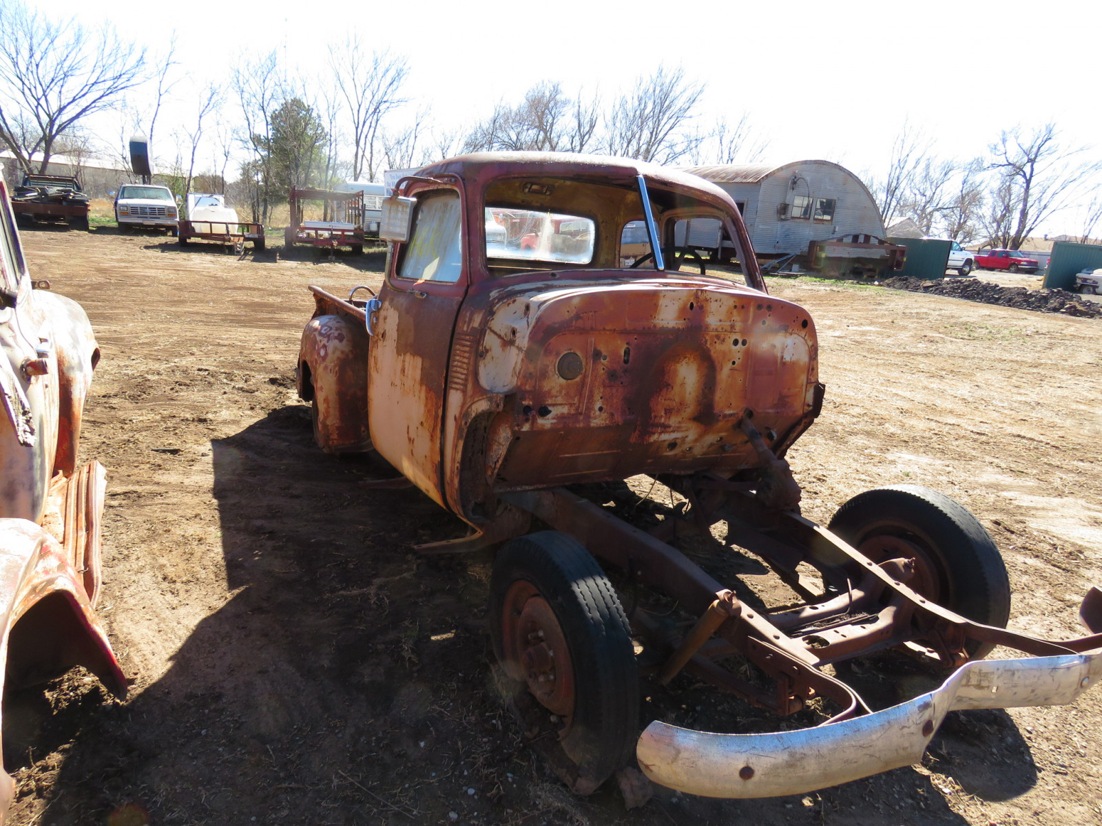 1940's Chevrolet 5 window Cab for parts - Image 1