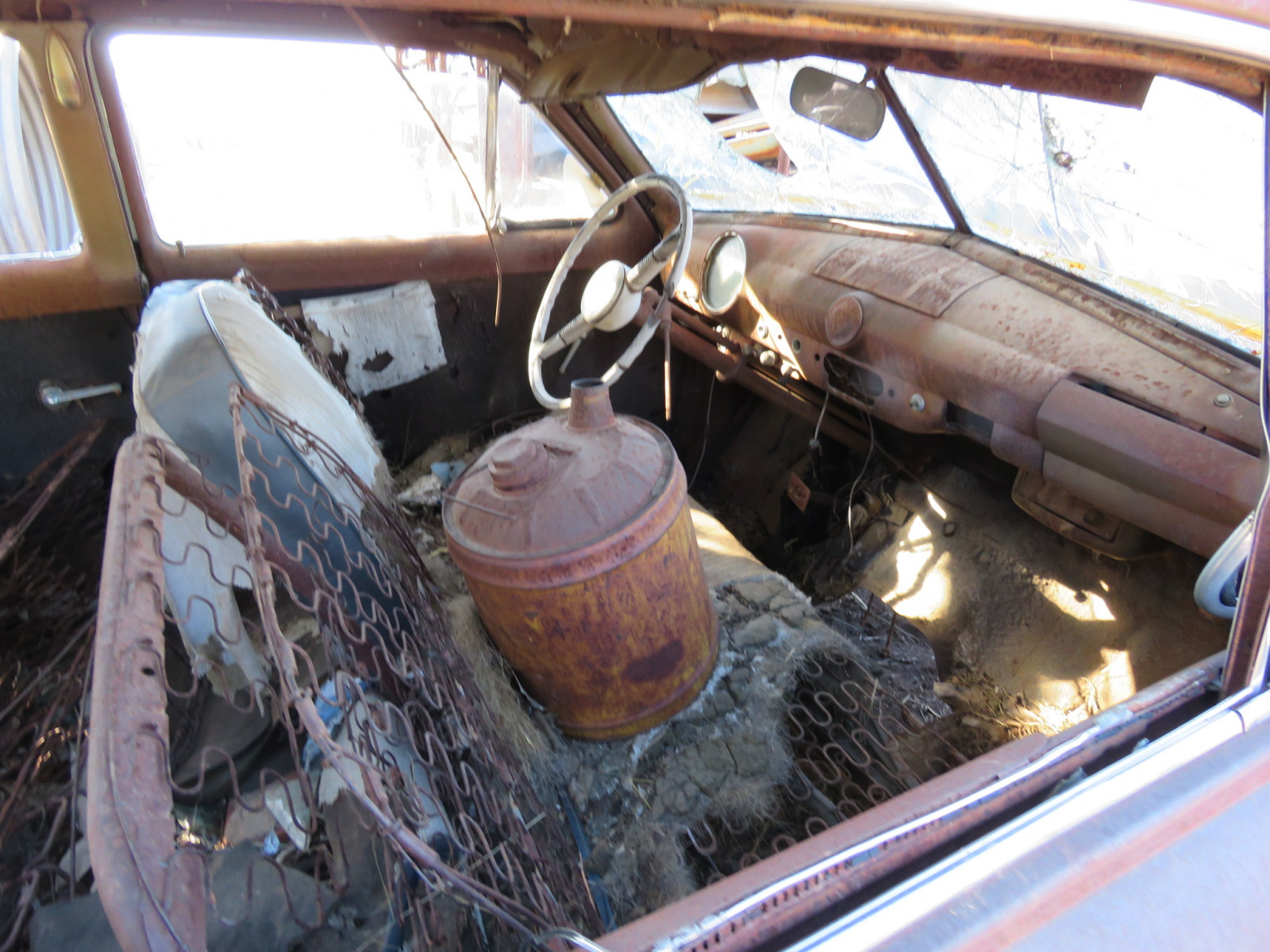 1949/50 Ford 2dr Sedan for parts - Image 4