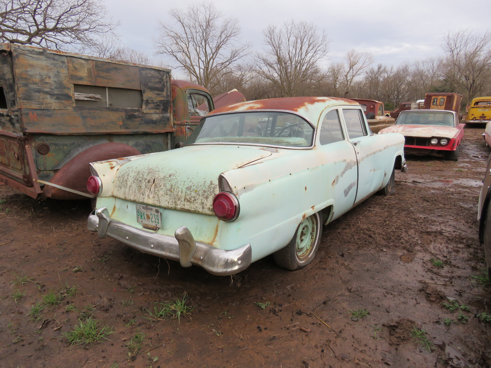 1956 Ford Mainline 2dr Post - Image 3