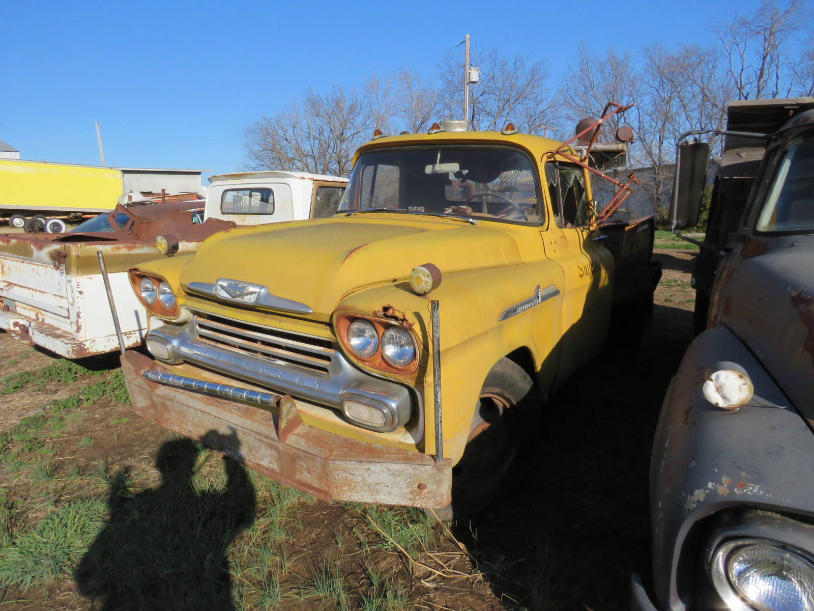 1958 Chevrolet Apache Tow Truck - Image 2